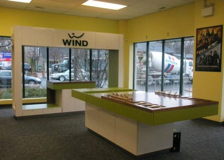wind-mobile-blockbuster
