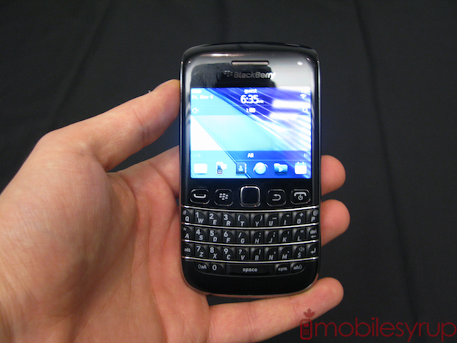 BlackBerry Bold 9790 Hands-on (Video) | MobileSyrup