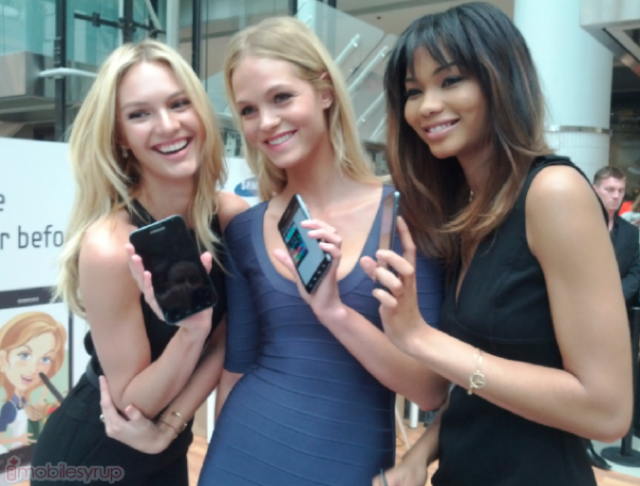 Video: A Trio Of Supermodels Help Launch The Samsung