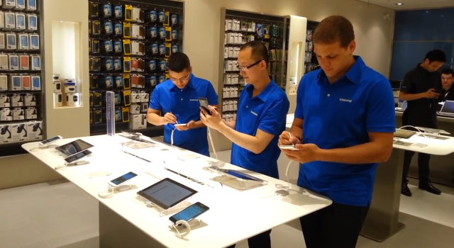 Samsung Opens 3rd Canadian Retail Store Plans To Launch