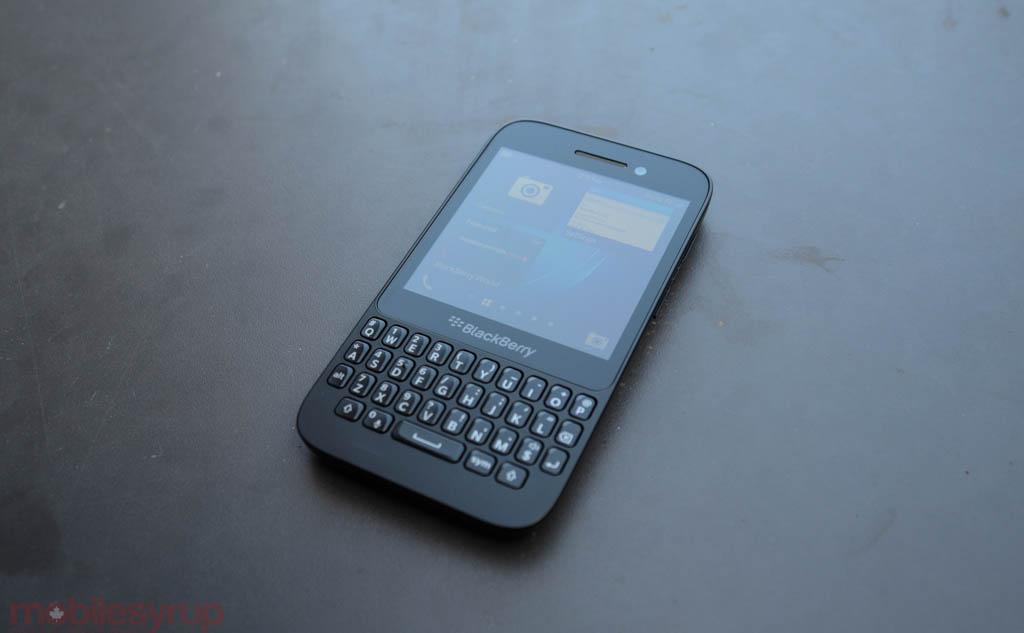 BlackBerry Q5 Review | MobileSyrup