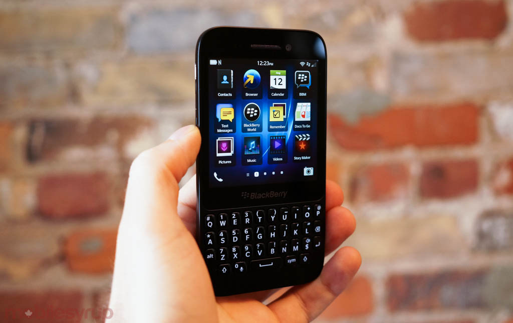 blackberryq5review-1