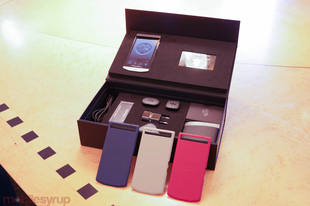 blackberryp9982-4