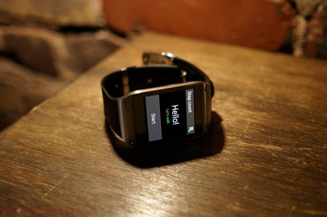 Galaxy Gear firmware update comes to Canada, fixes notification
