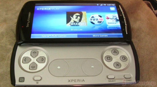 mobilesyrup-xperia-play-hardware