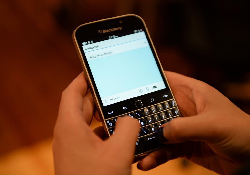 blackberryclassic-5015