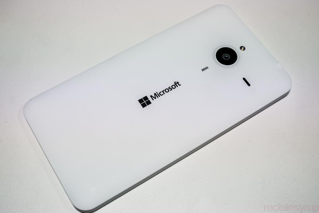 microsoftlumia640-03366