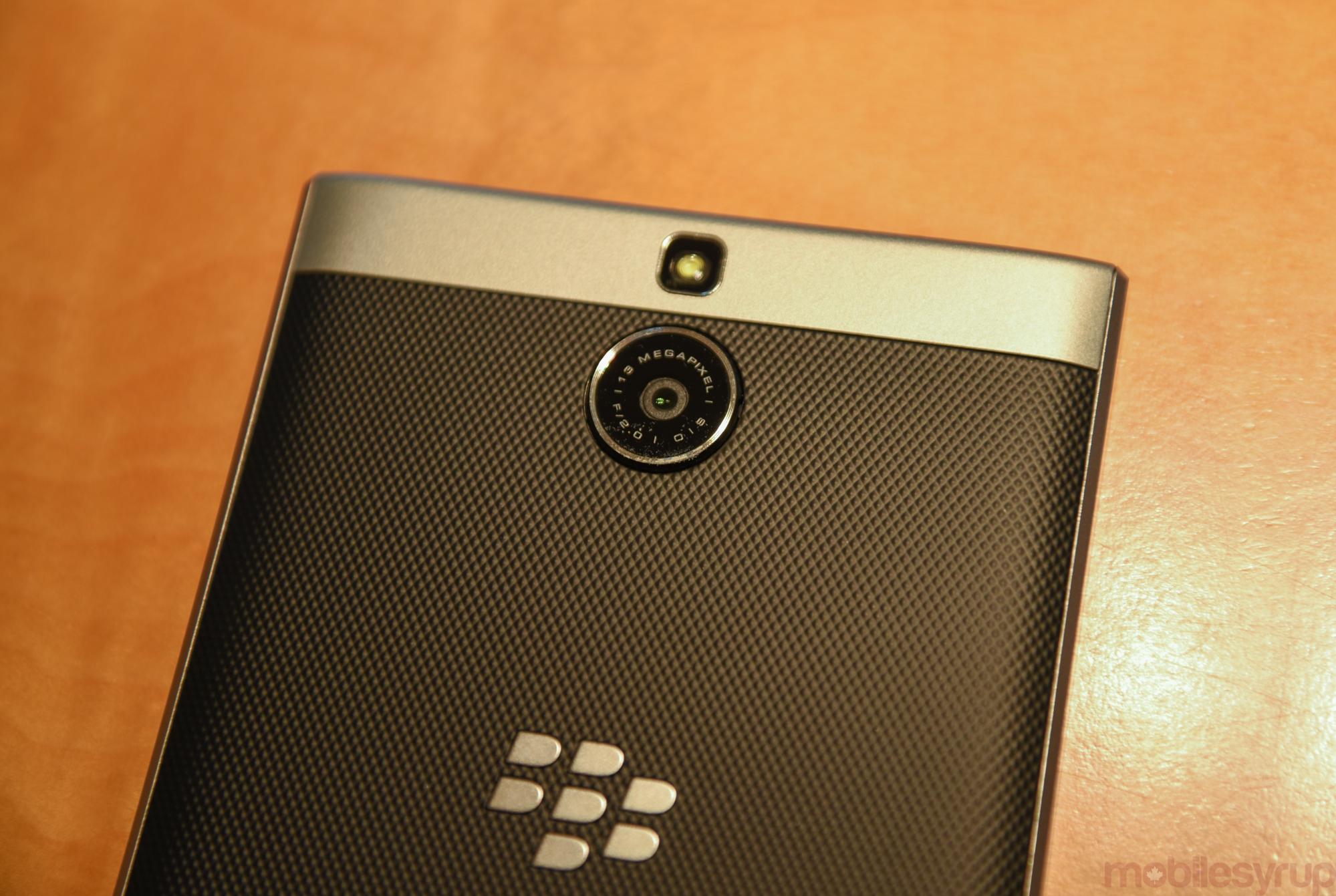 blackberrypassportsilveredition-0311