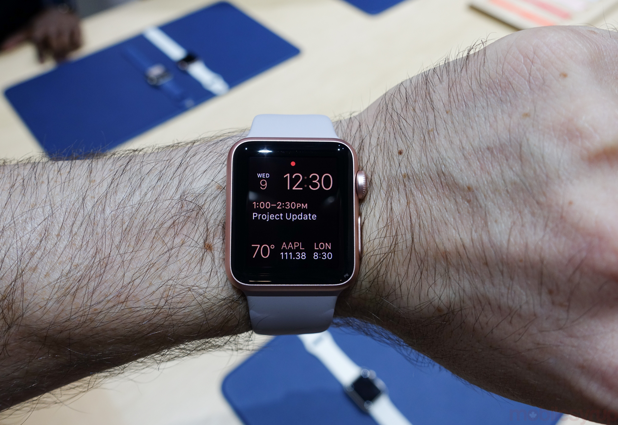 Hands On New Gold And Rose Apple Watch Cases Add More 2 Series 42mm Aluminium With Midnight Blue Sport Band Applewatchupdates 01130