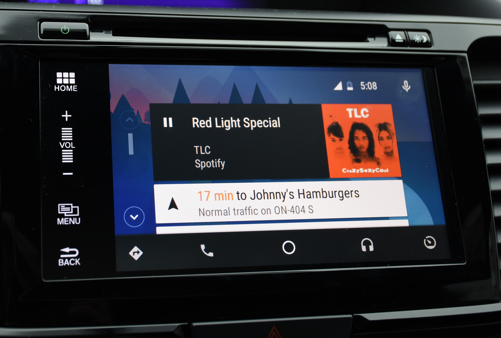 Review: HondaLink embraces CarPlay and Android Auto | MobileSyrup