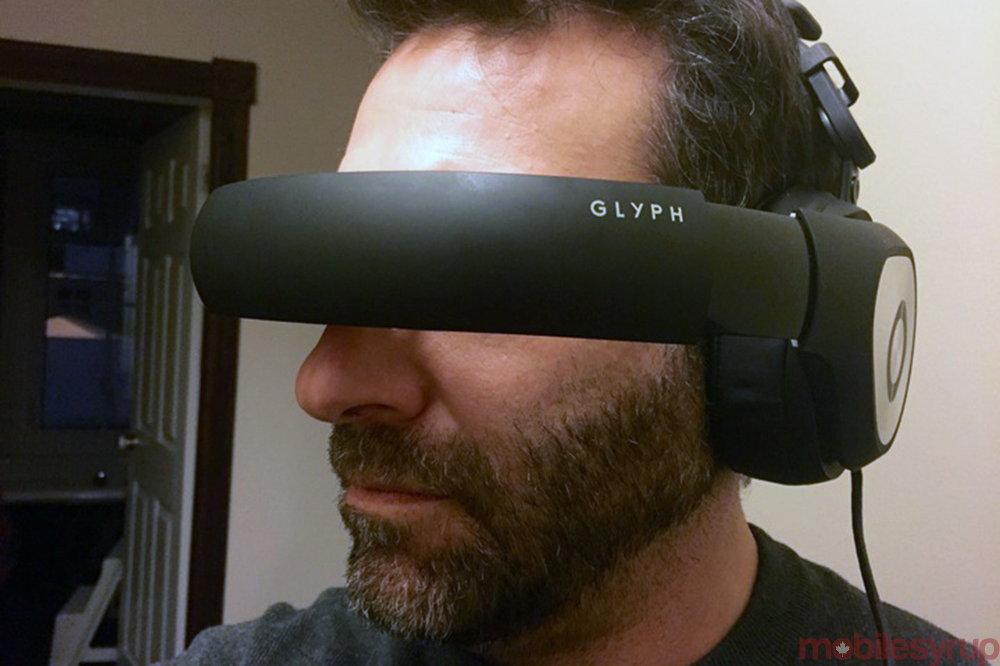 cb1e67c27fcb Avegant Glyph review  An immersive private viewing experience ...