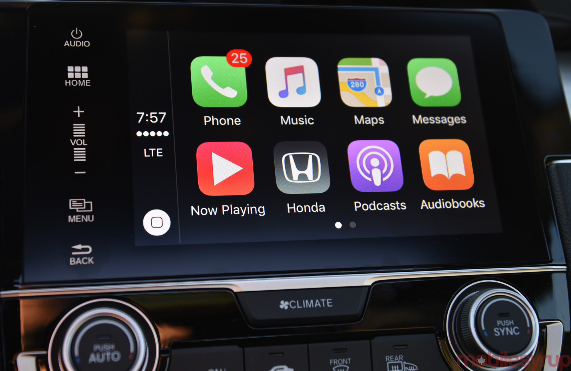 2016 Honda Civic infotainment review: CarPlay and Android