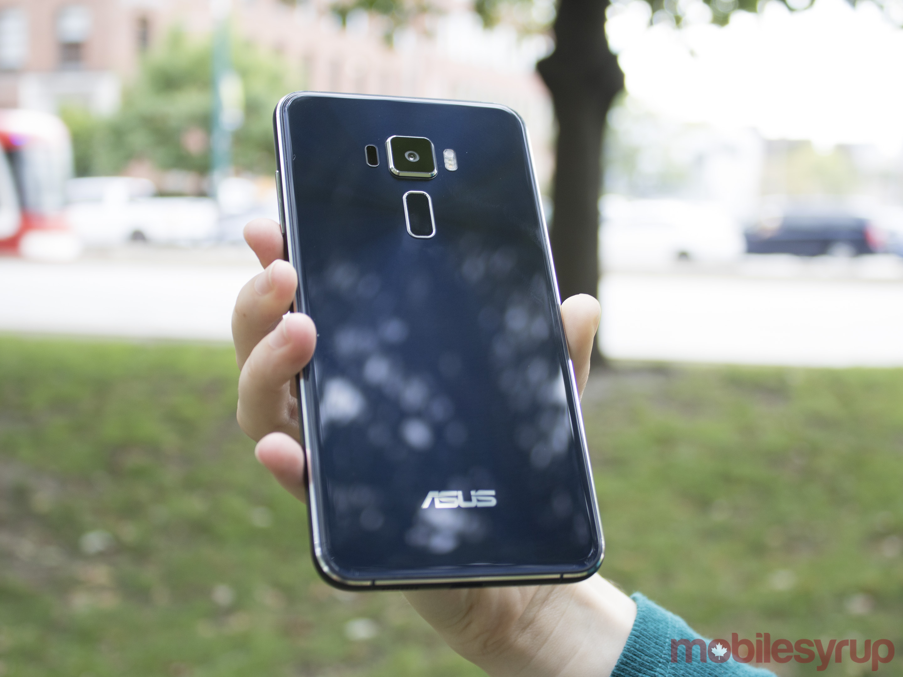 Asus Zenfone 3 review: The best mid-range camera experience
