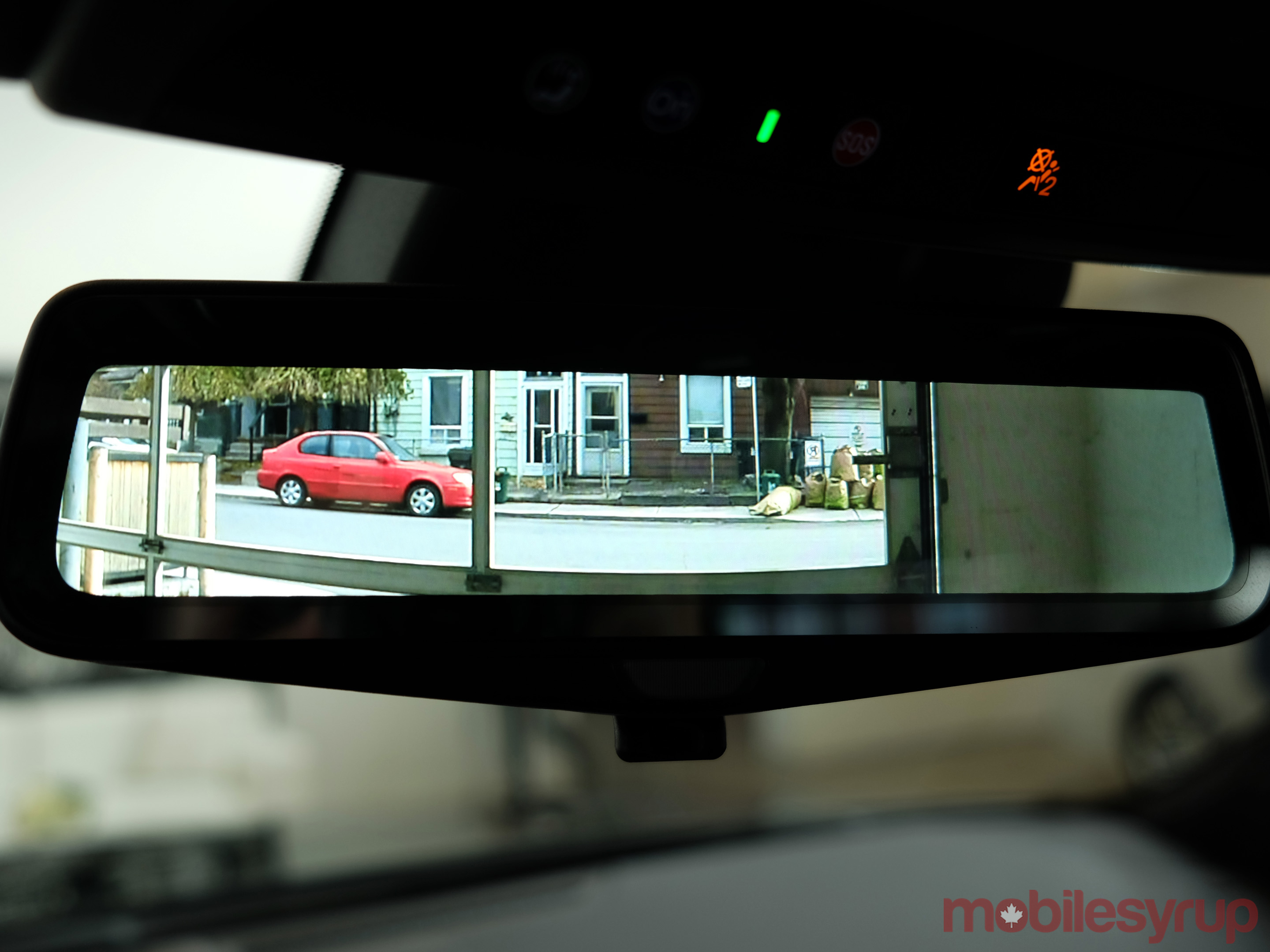 Cadillac-CT6-rearview-mirror