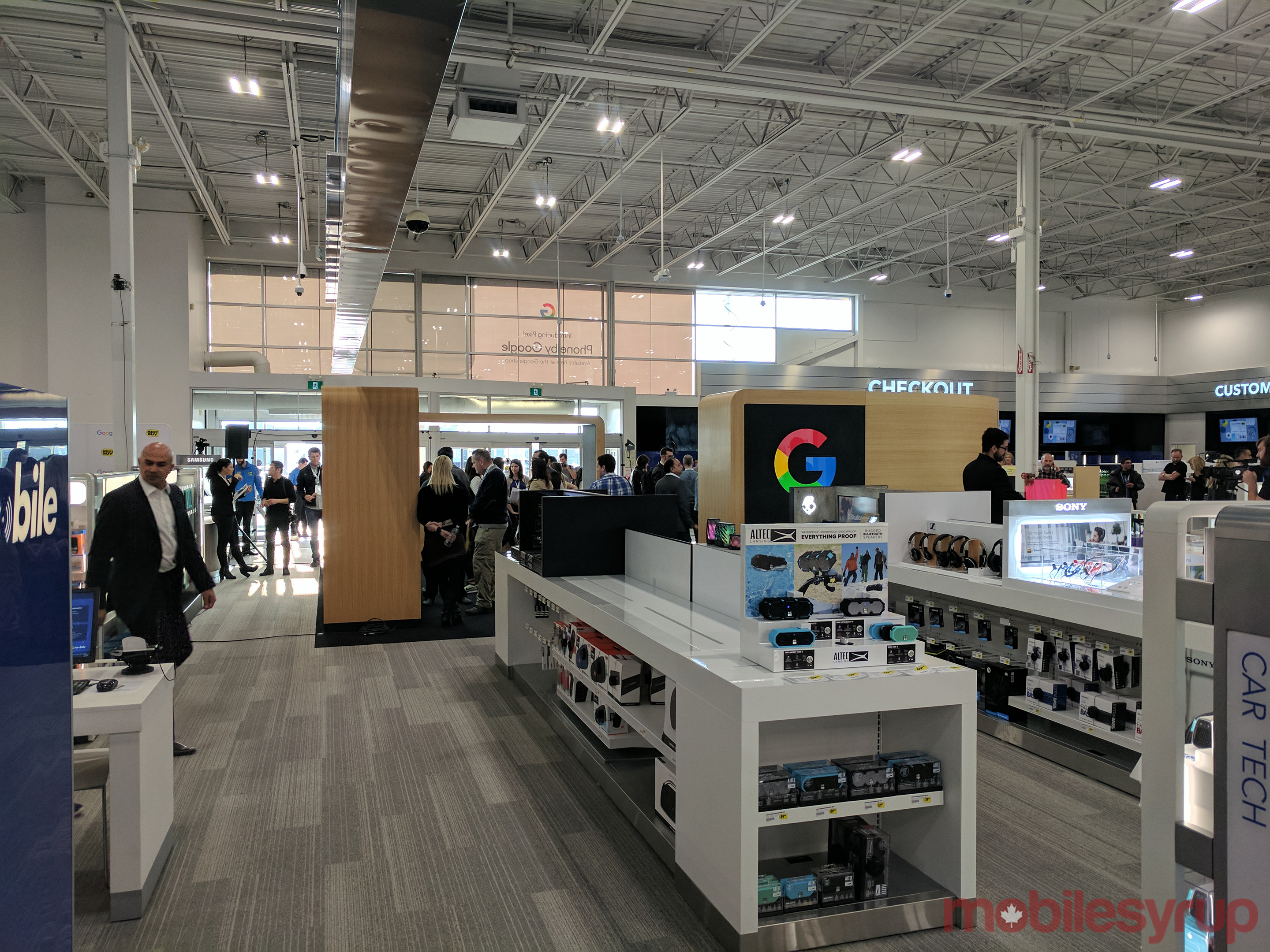 15 glorious pictures of the google experience store at for Best place to buy lighting