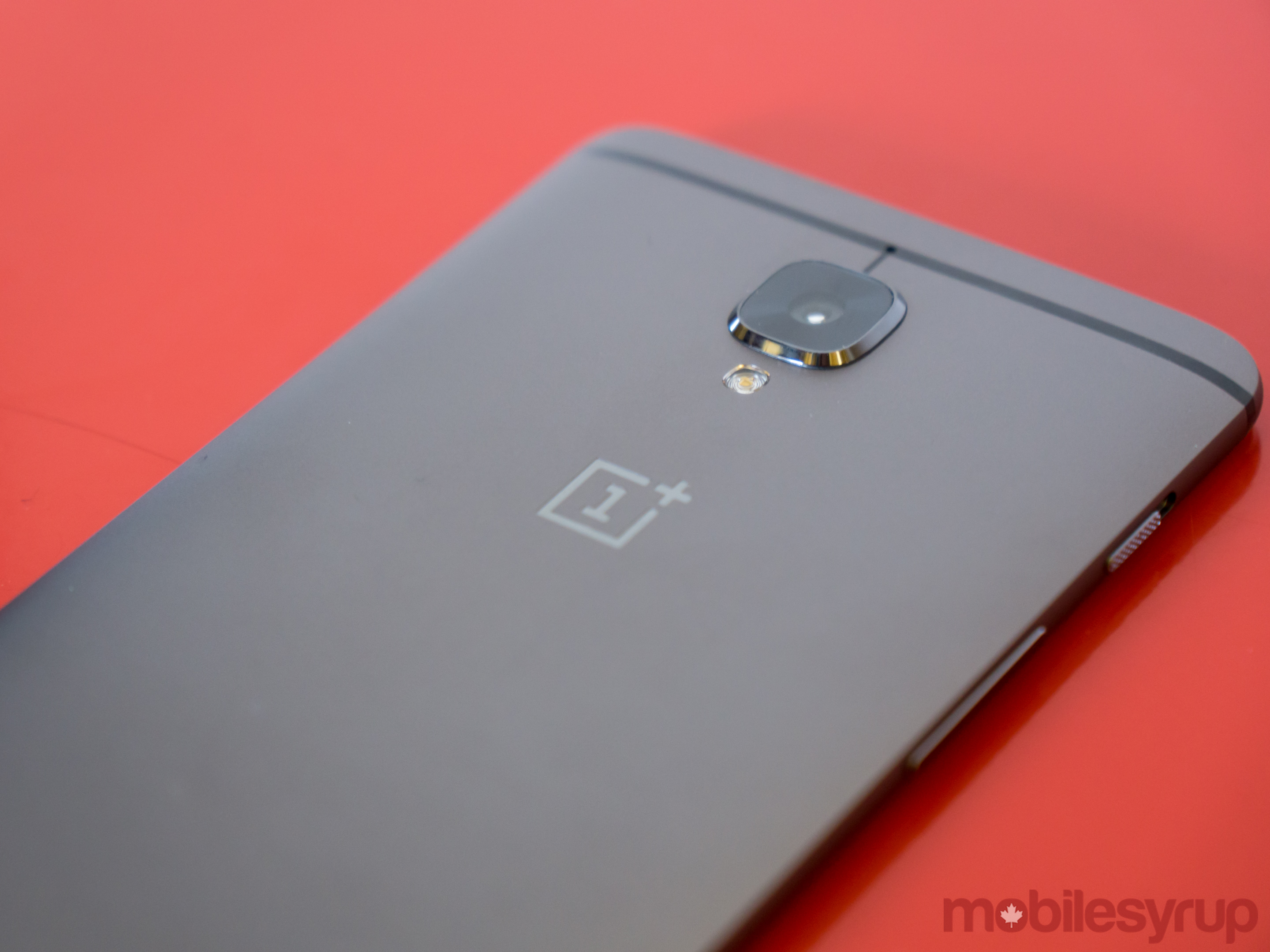 A first look at the new OnePlus 3T [Gallery]