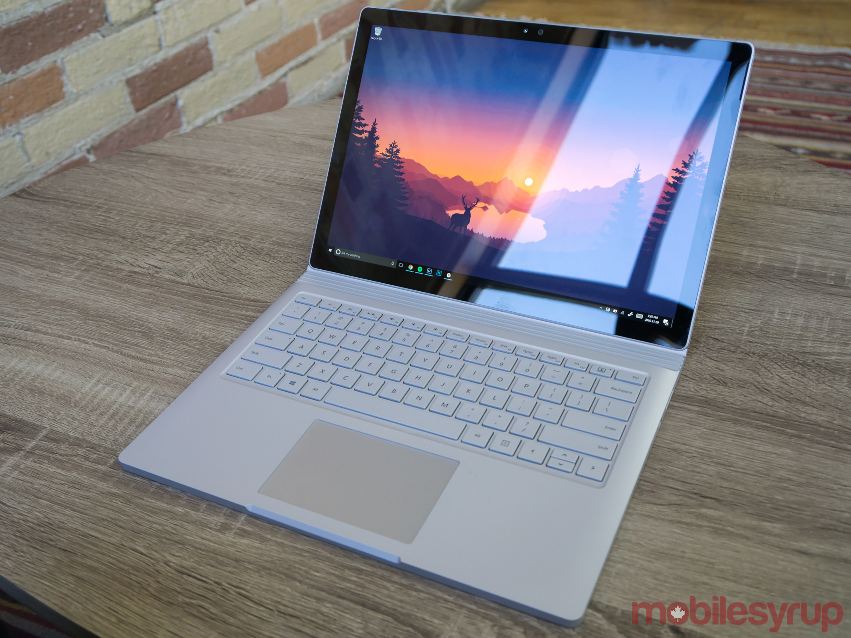 surface book i7 review one for the pros mobilesyrup. Black Bedroom Furniture Sets. Home Design Ideas