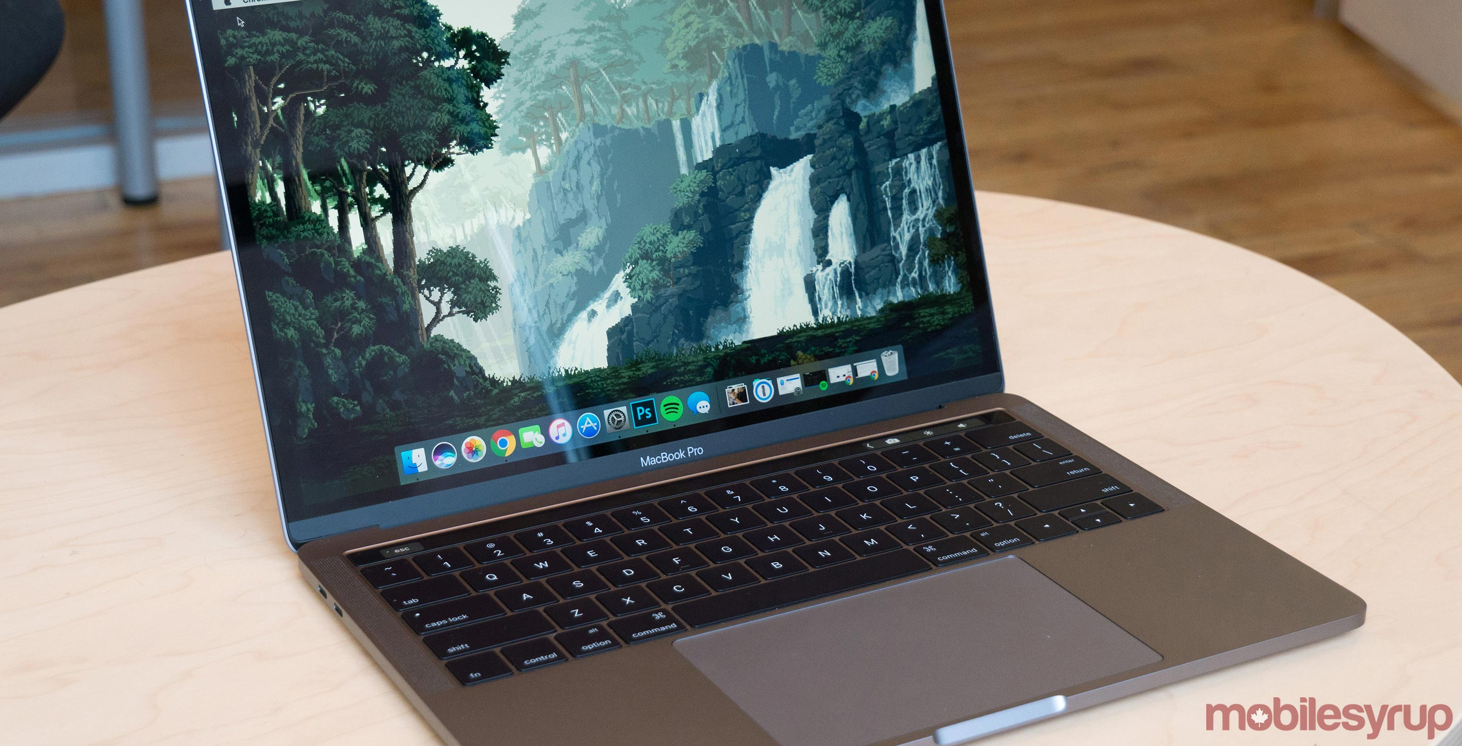 2016 MacBook Pro with Touch Bar review: The future creates difficulties in the present