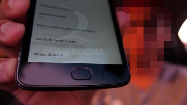 Moto G5 fingerprint sensor