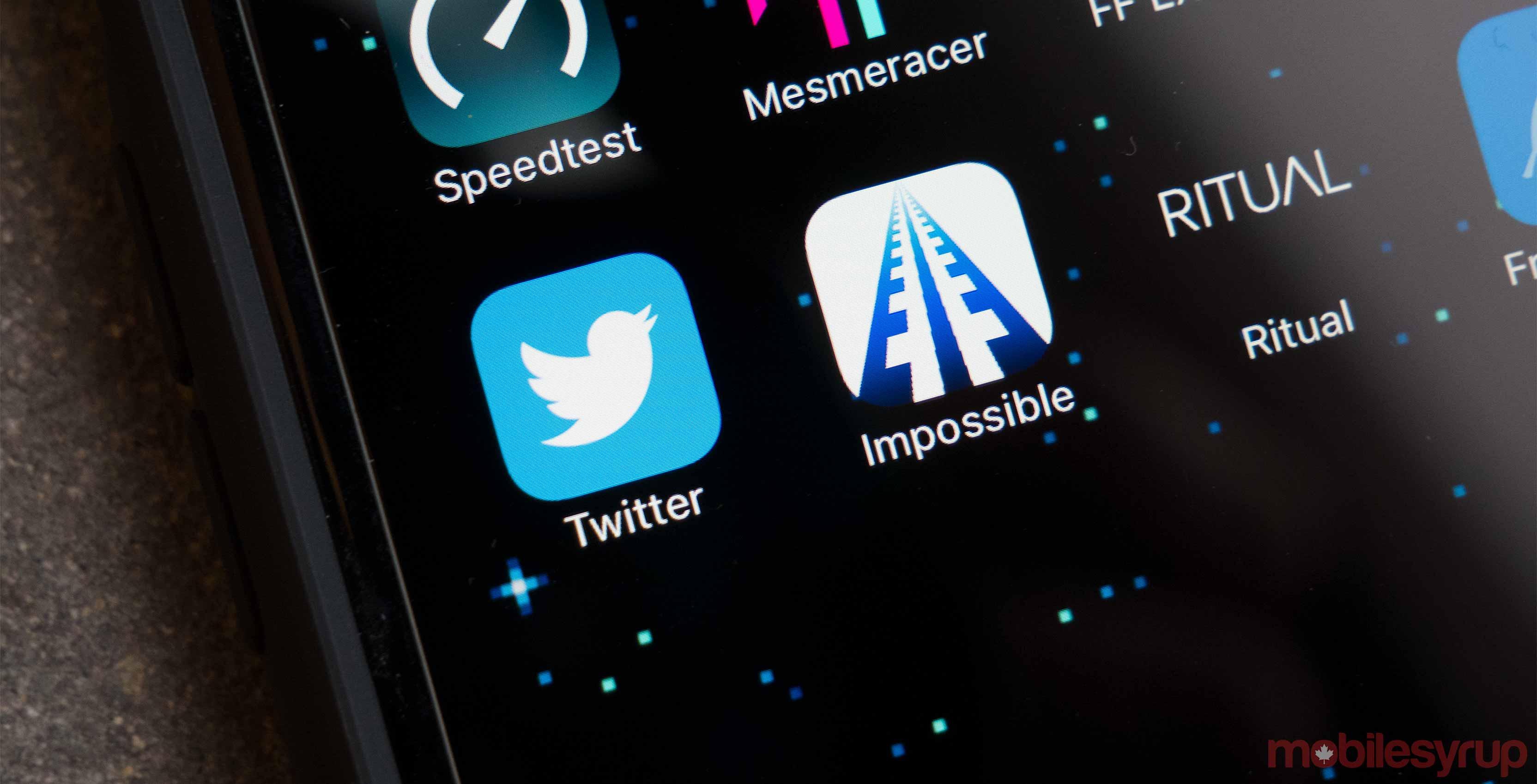 Twitter app photo