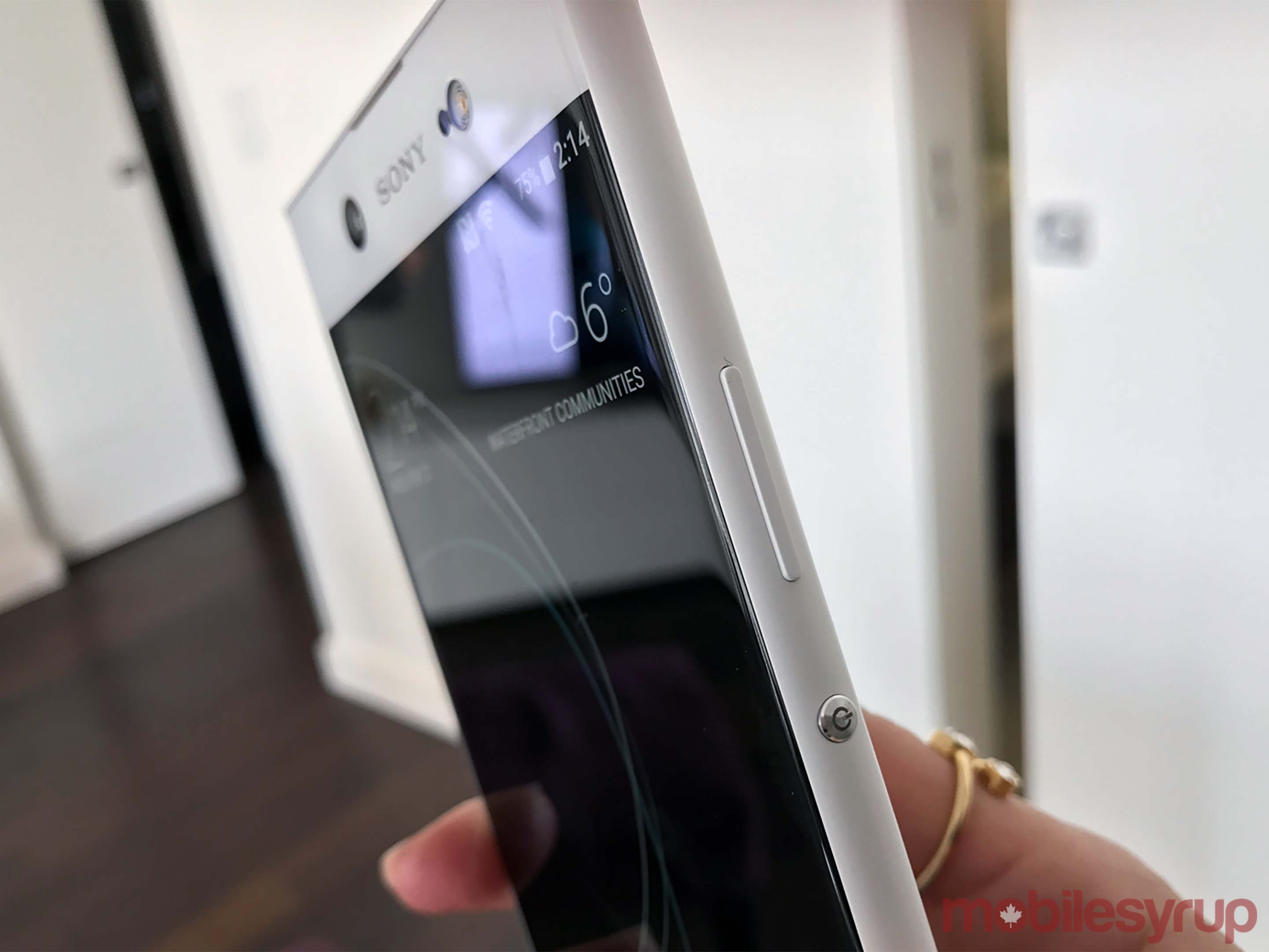 Side view of Xperia XA1 Ultra