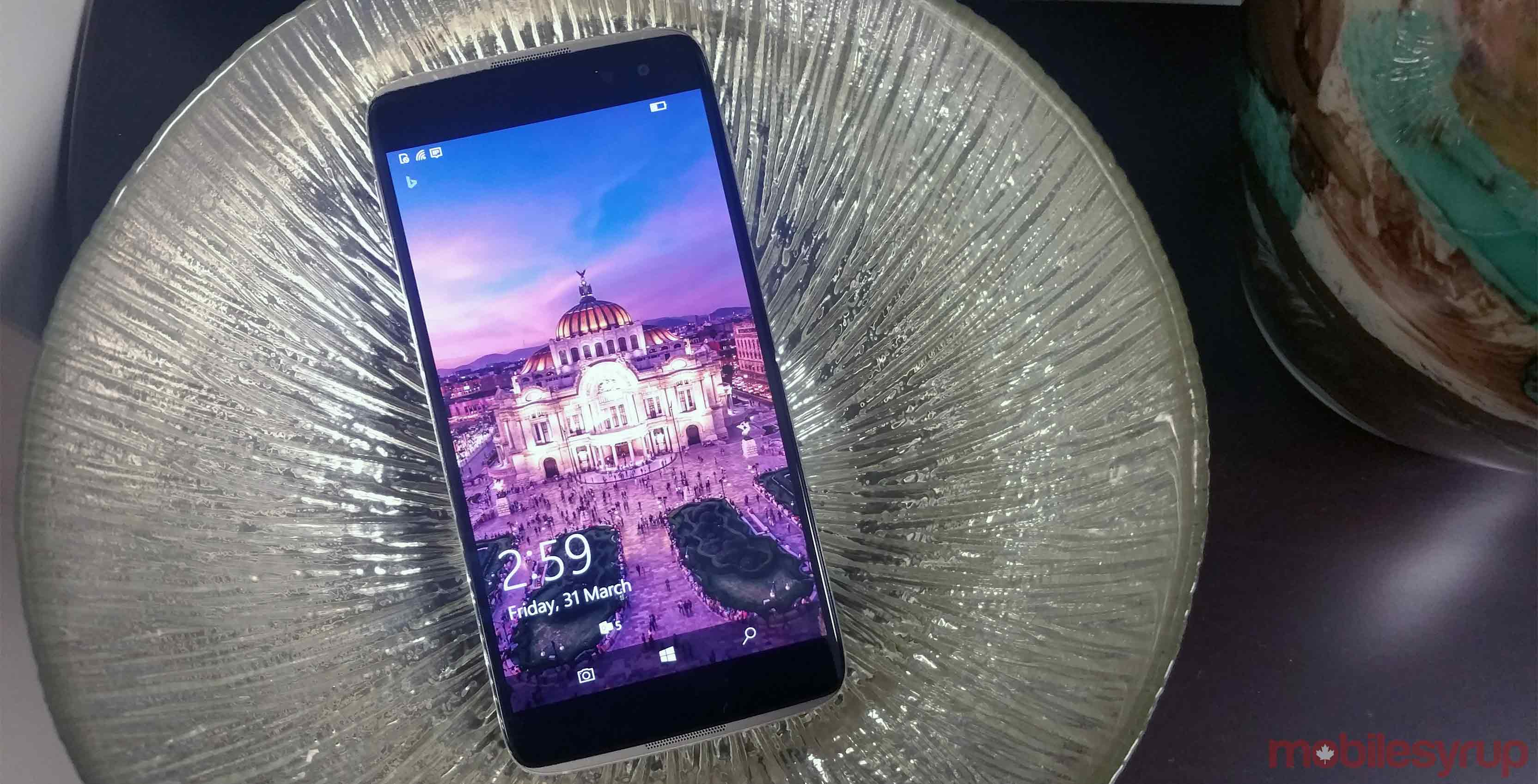 Alcatel Idol 4S Windows 10 Mobile Review: The best Windows