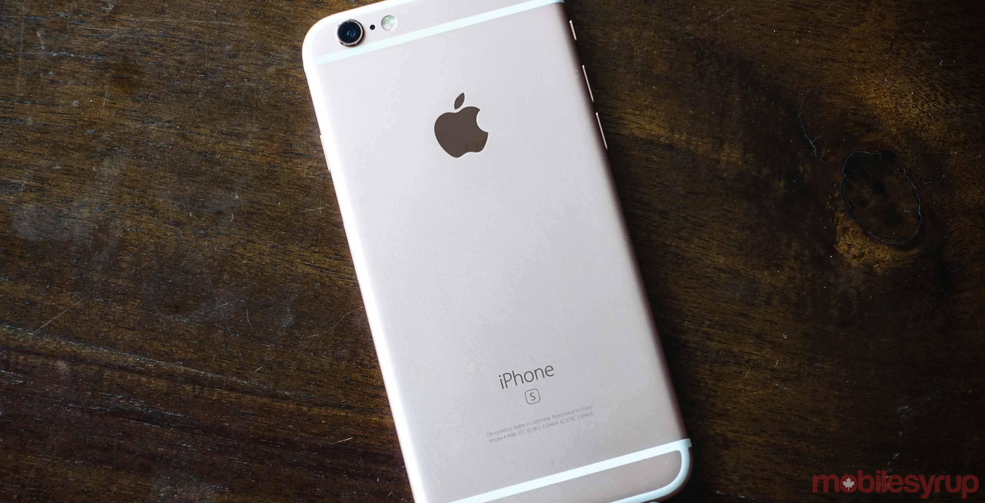 iPhone 6 back - Apple AR iPhone 8