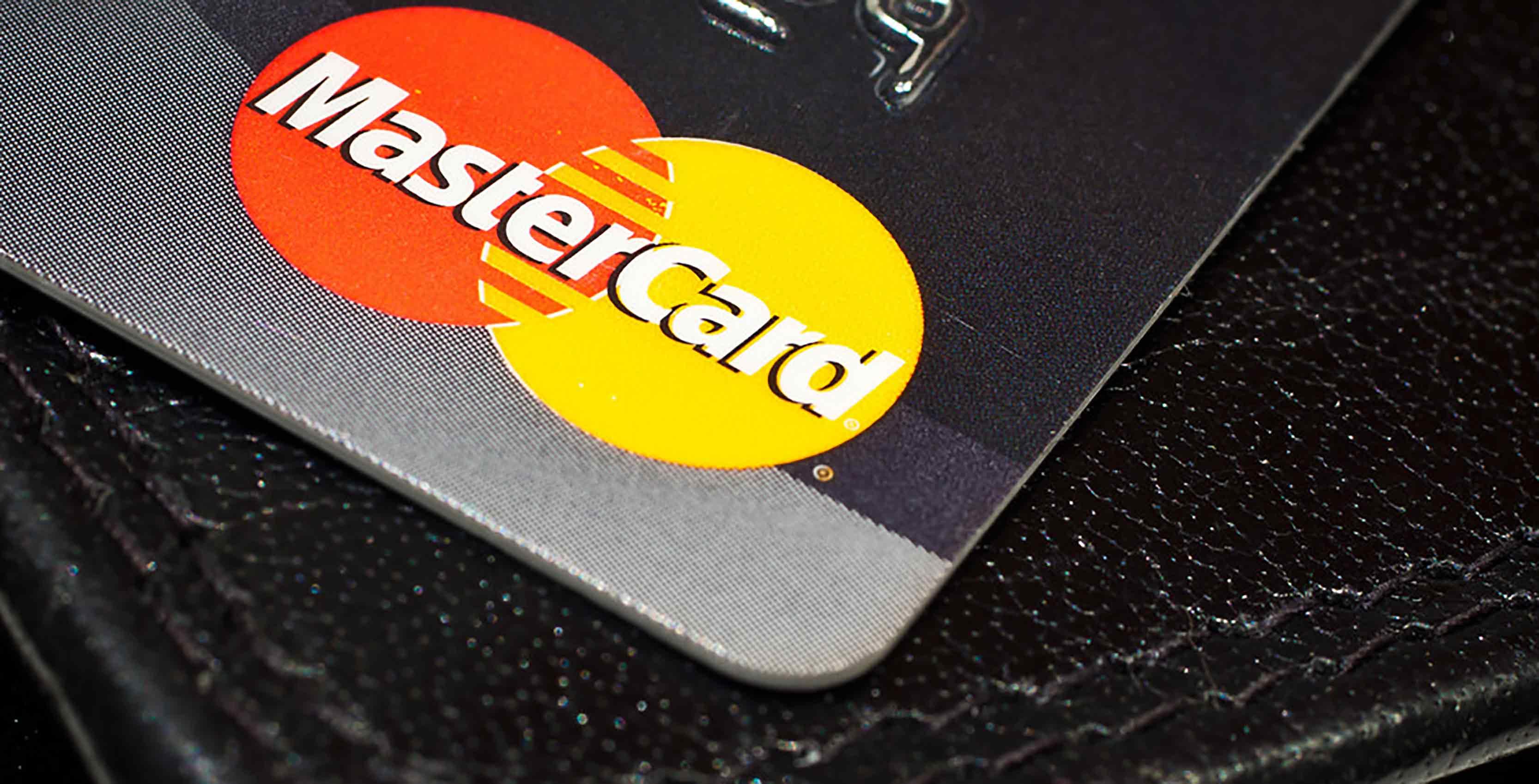 Mastercard fingerprint scanner creditcard
