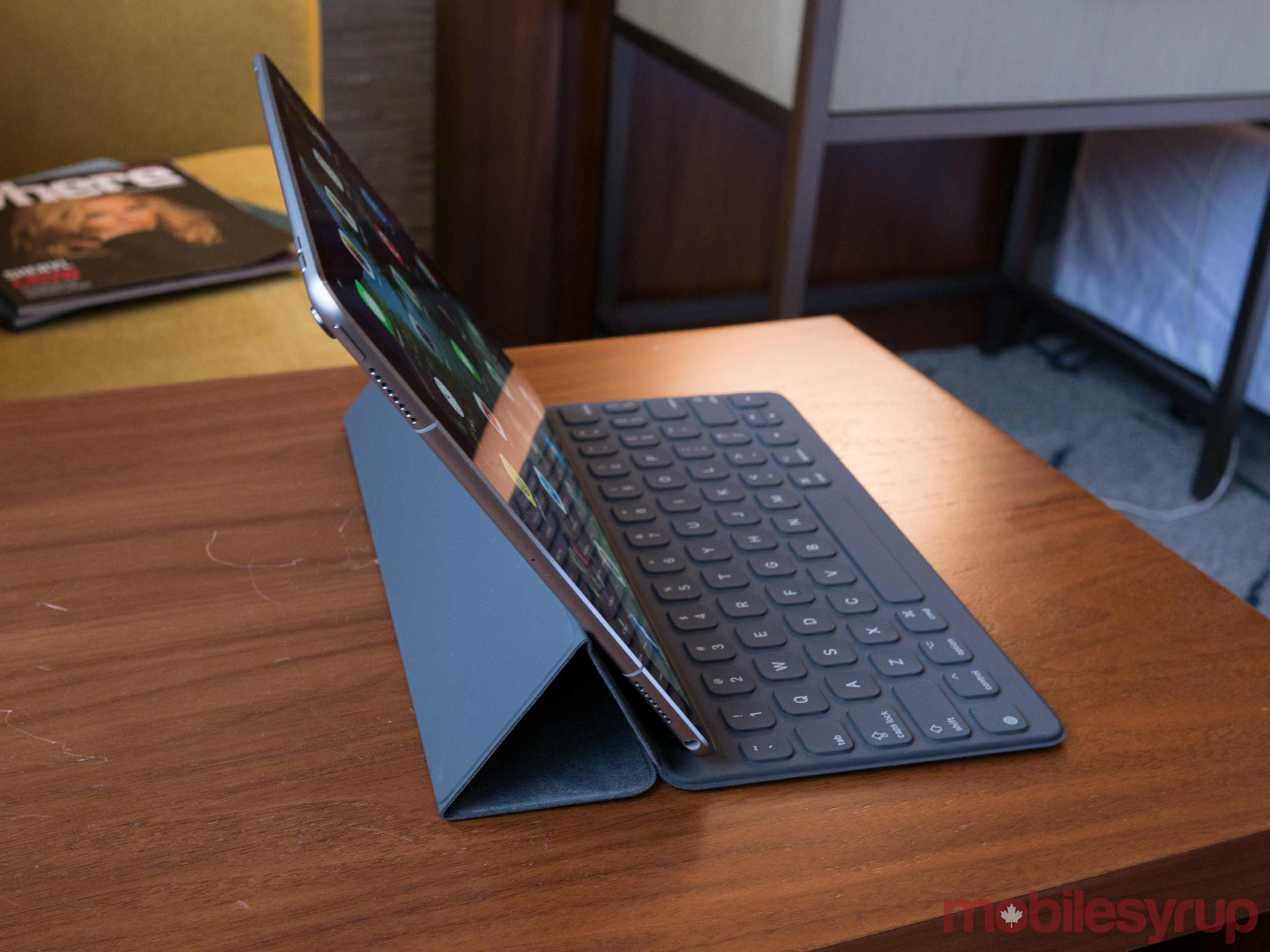 10.5-inch iPad side view
