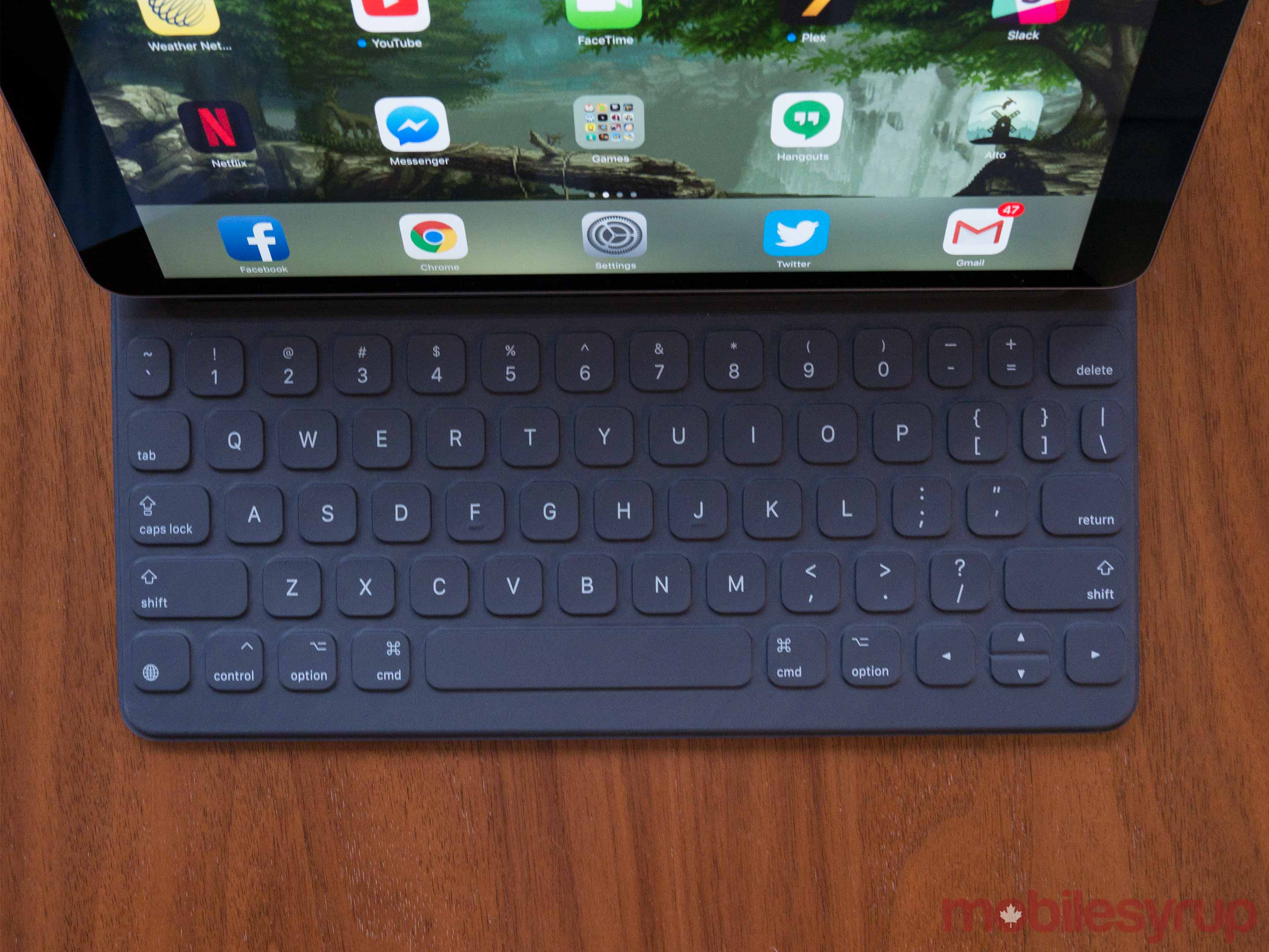 10.5-inch iPad keyboard