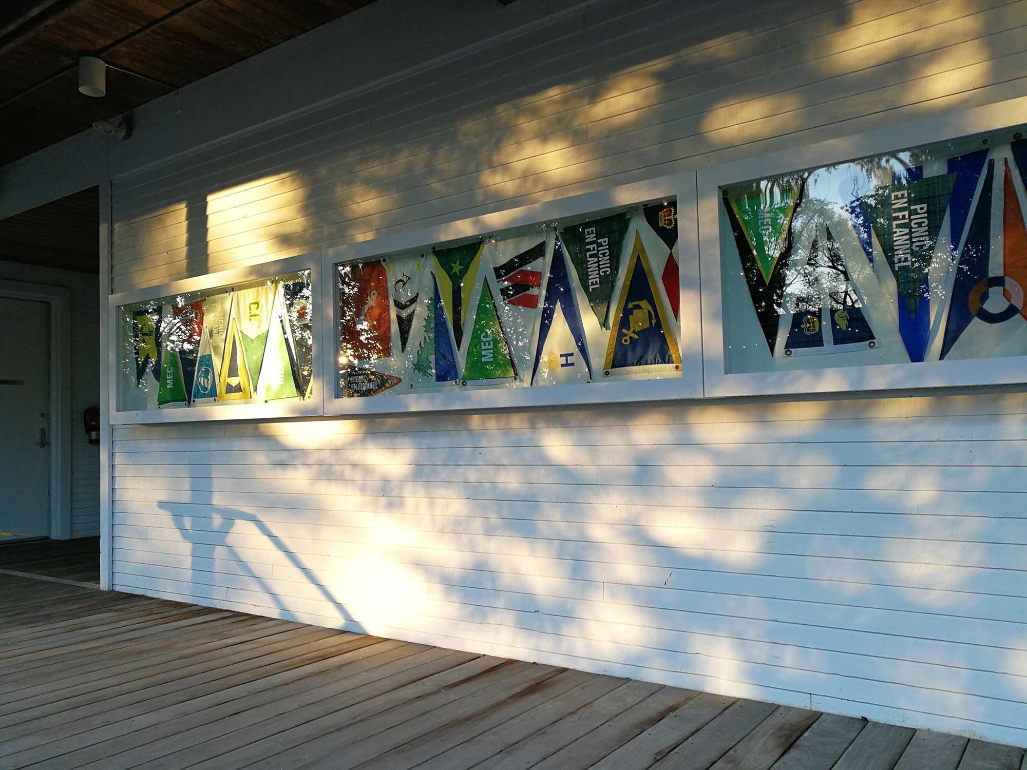 dusk-flags