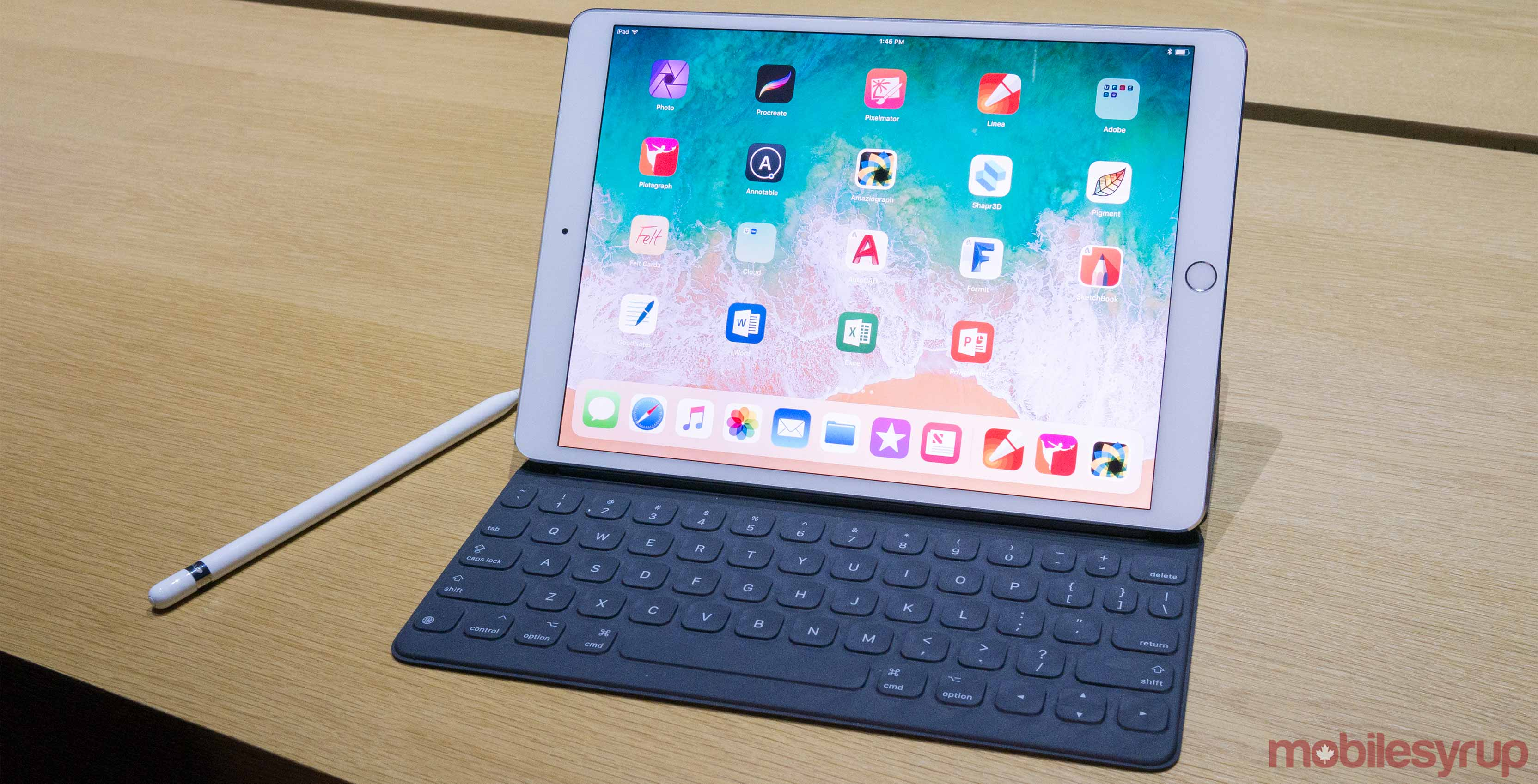 Ipad Pro 10 5 Inch Hands On Closing The Surface Gap
