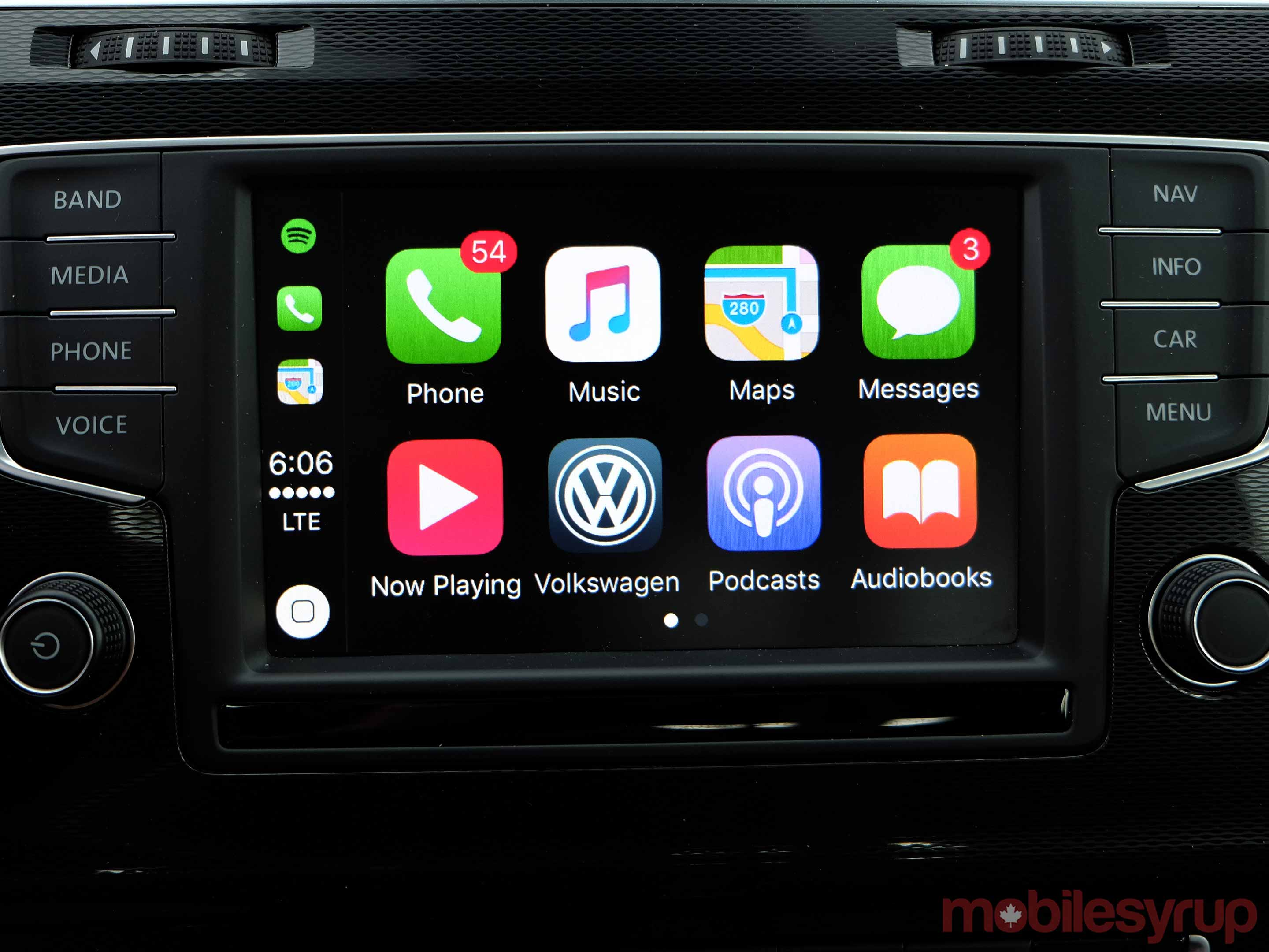 VW Apple CarPlay