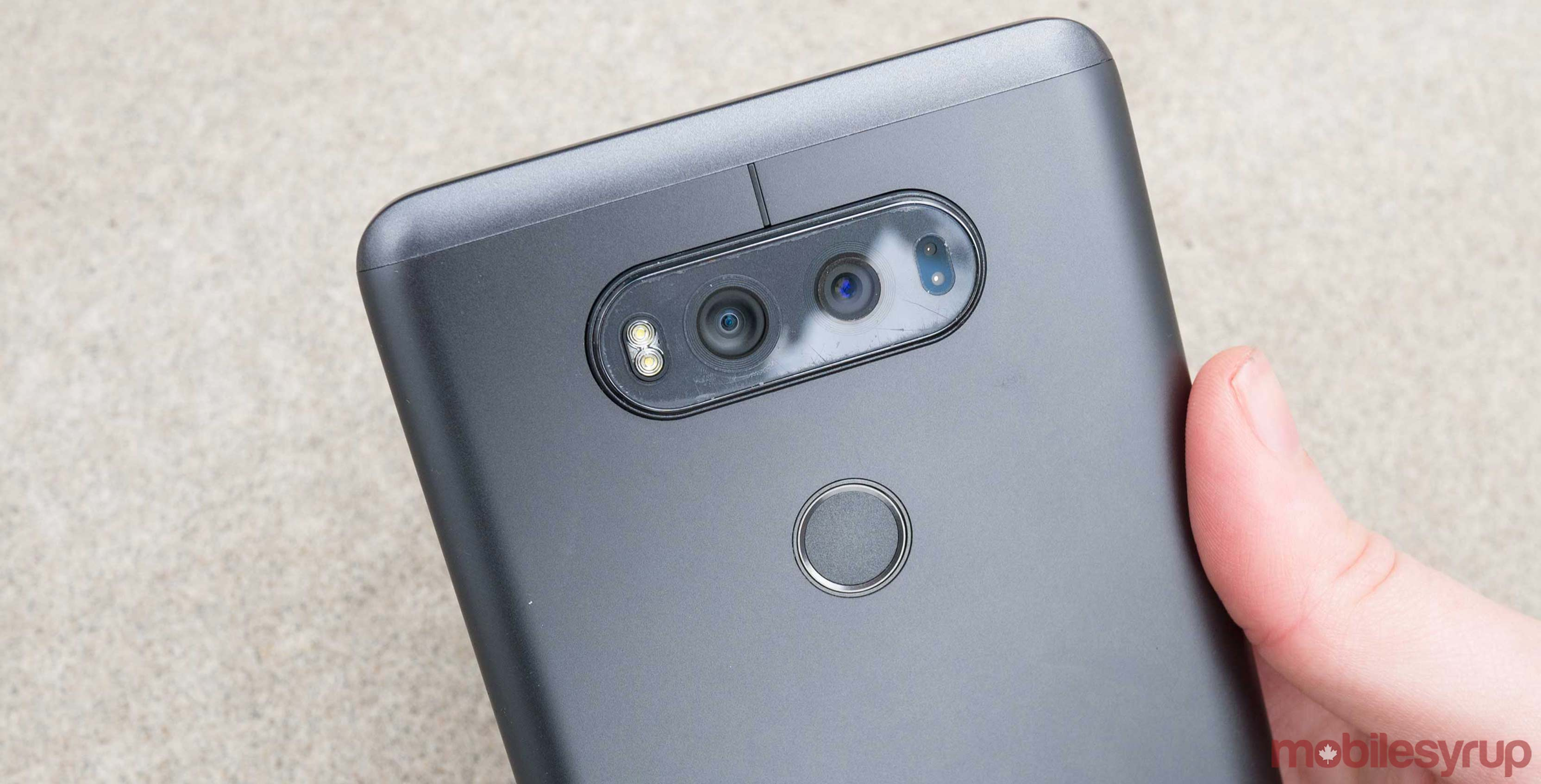 LG V30 will go on sale on September 28