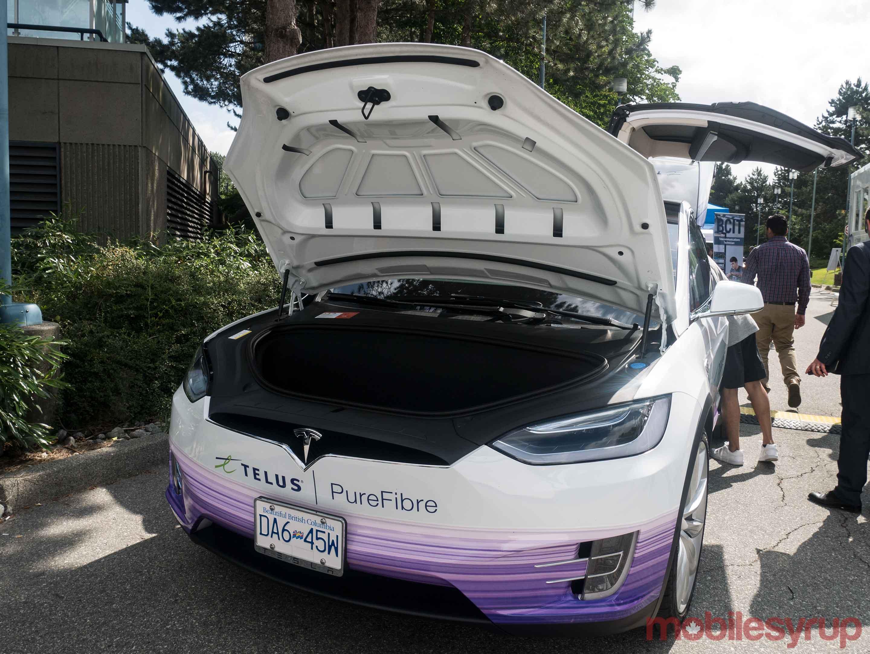 Tesla Telus 5G