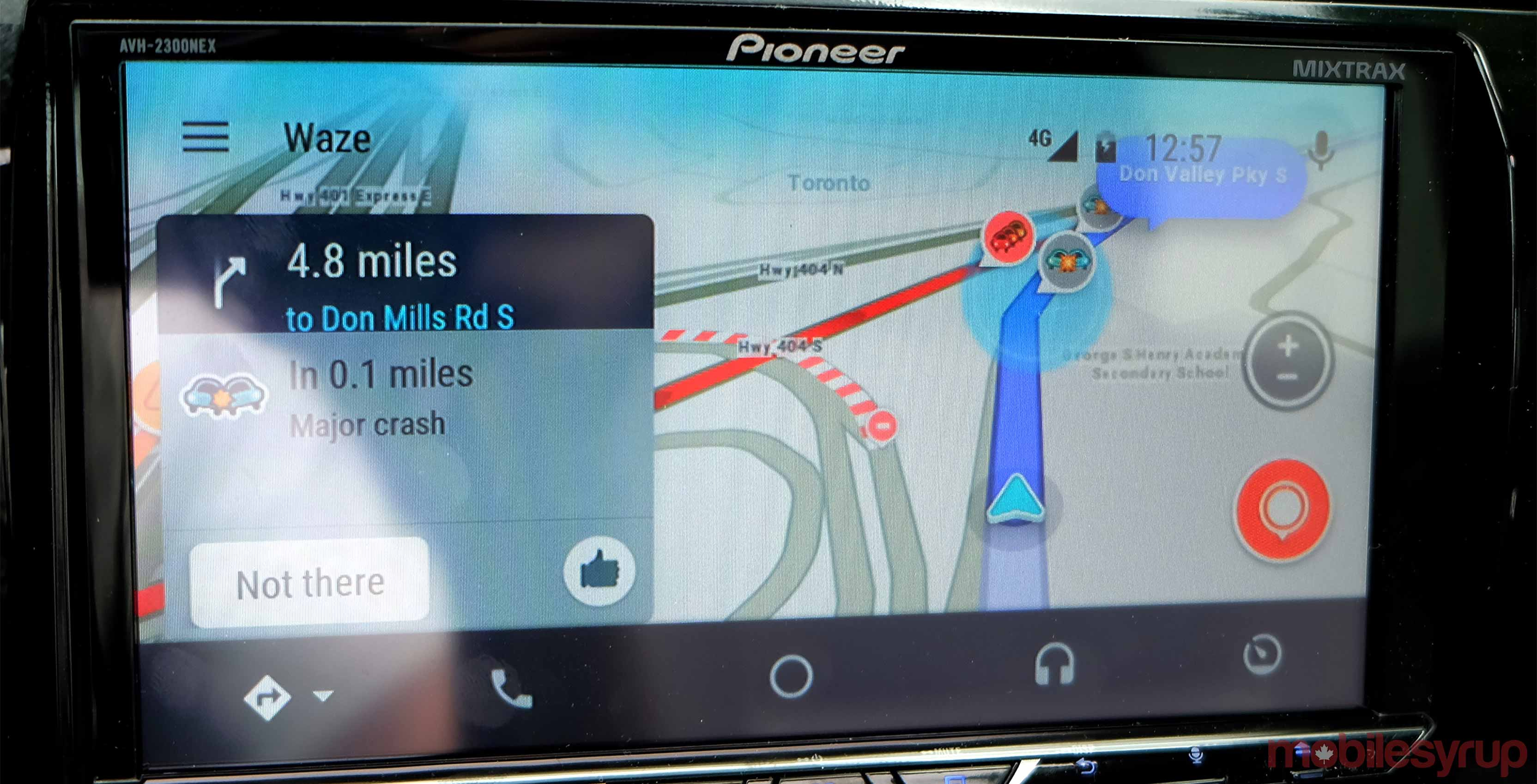 Waze in Android Auto Review: a better way to avoid traffic
