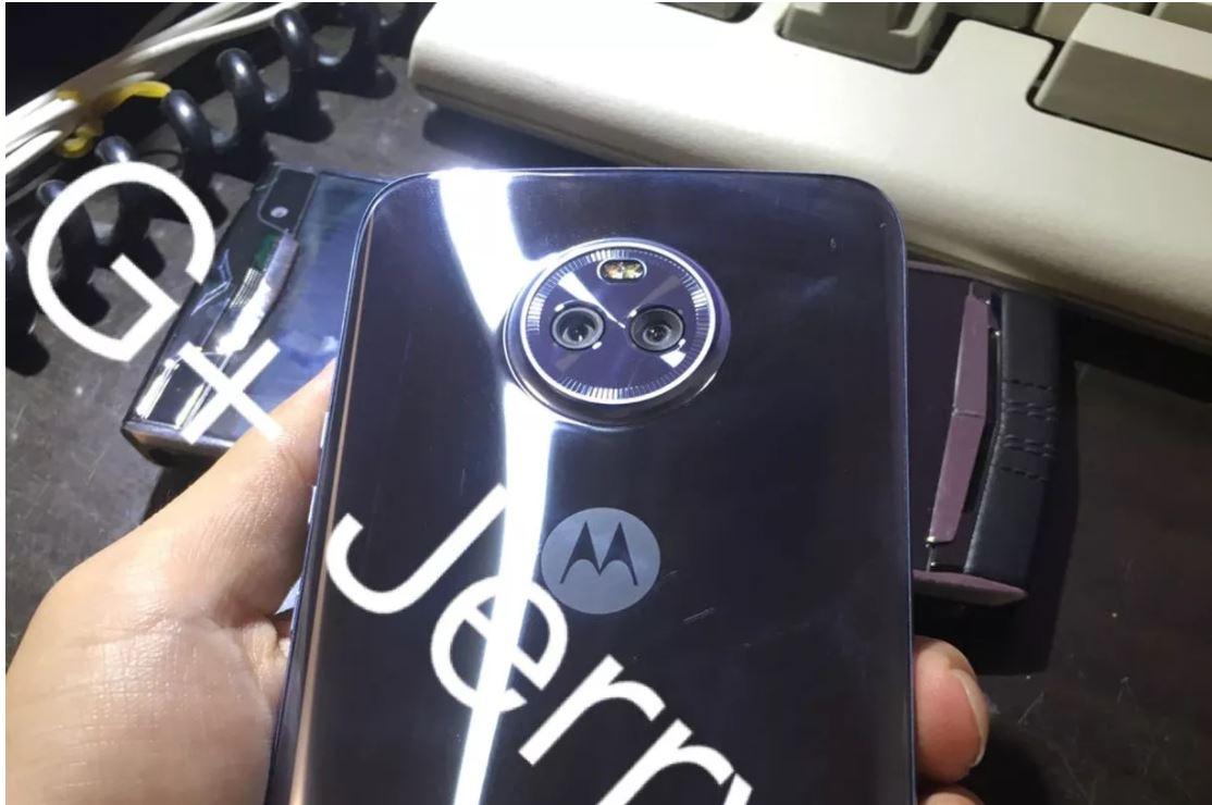 Leaked image of Moto X4