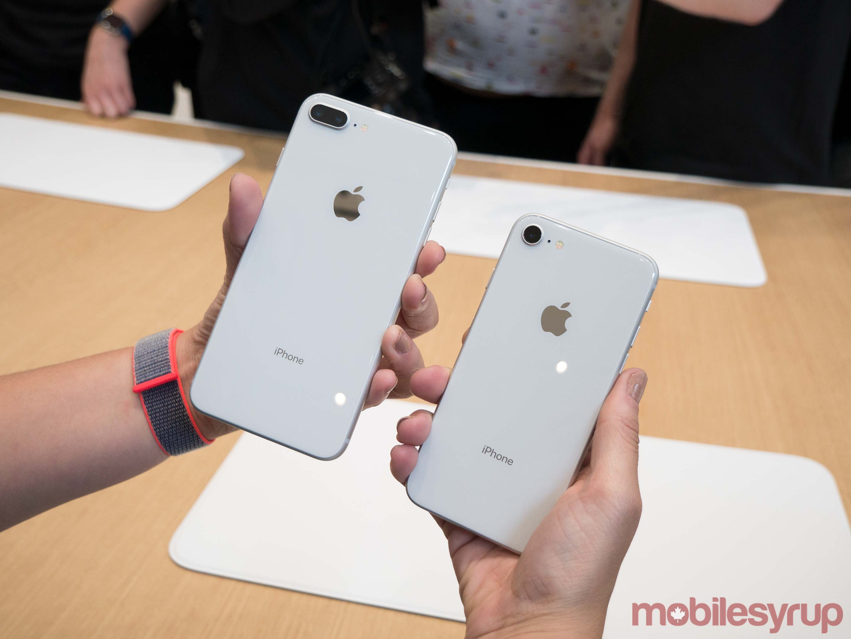 Comparison photo of the iPhone 8 Plus and iPhone 8