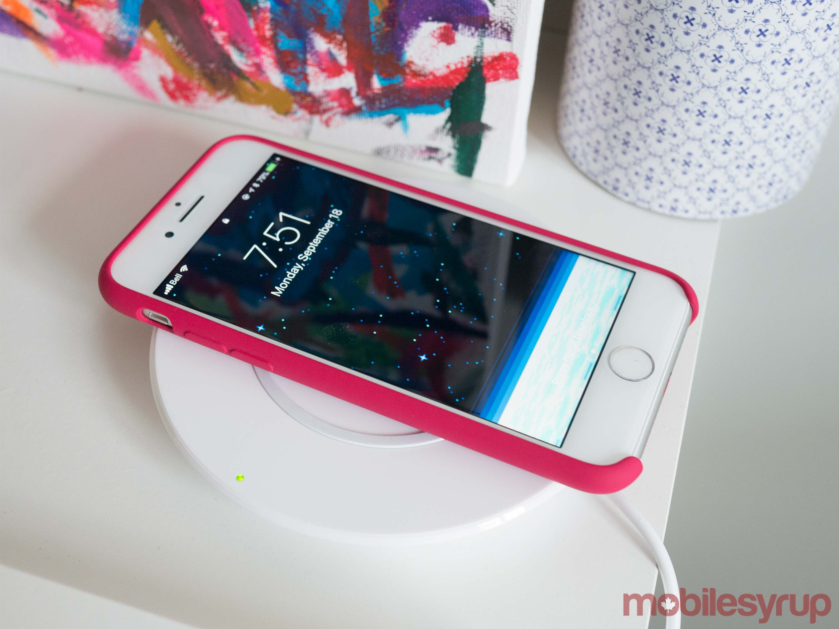 IPhone 8 Qi wireless charging