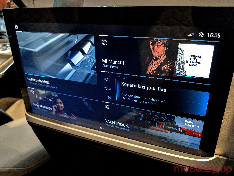 BMW Concept X7 main screen