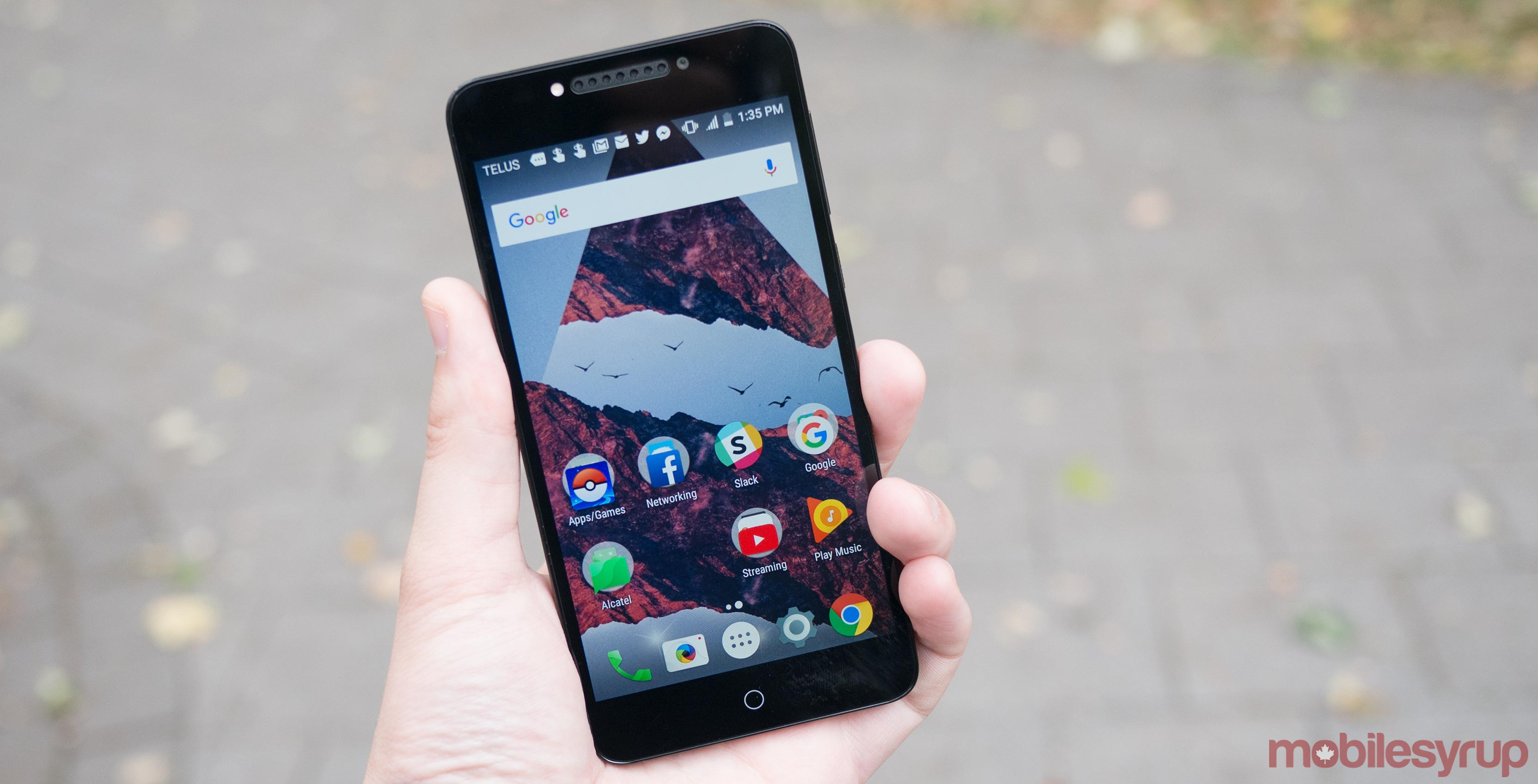 Alcatel A50 Review: An inoffensive design that speaks to budget