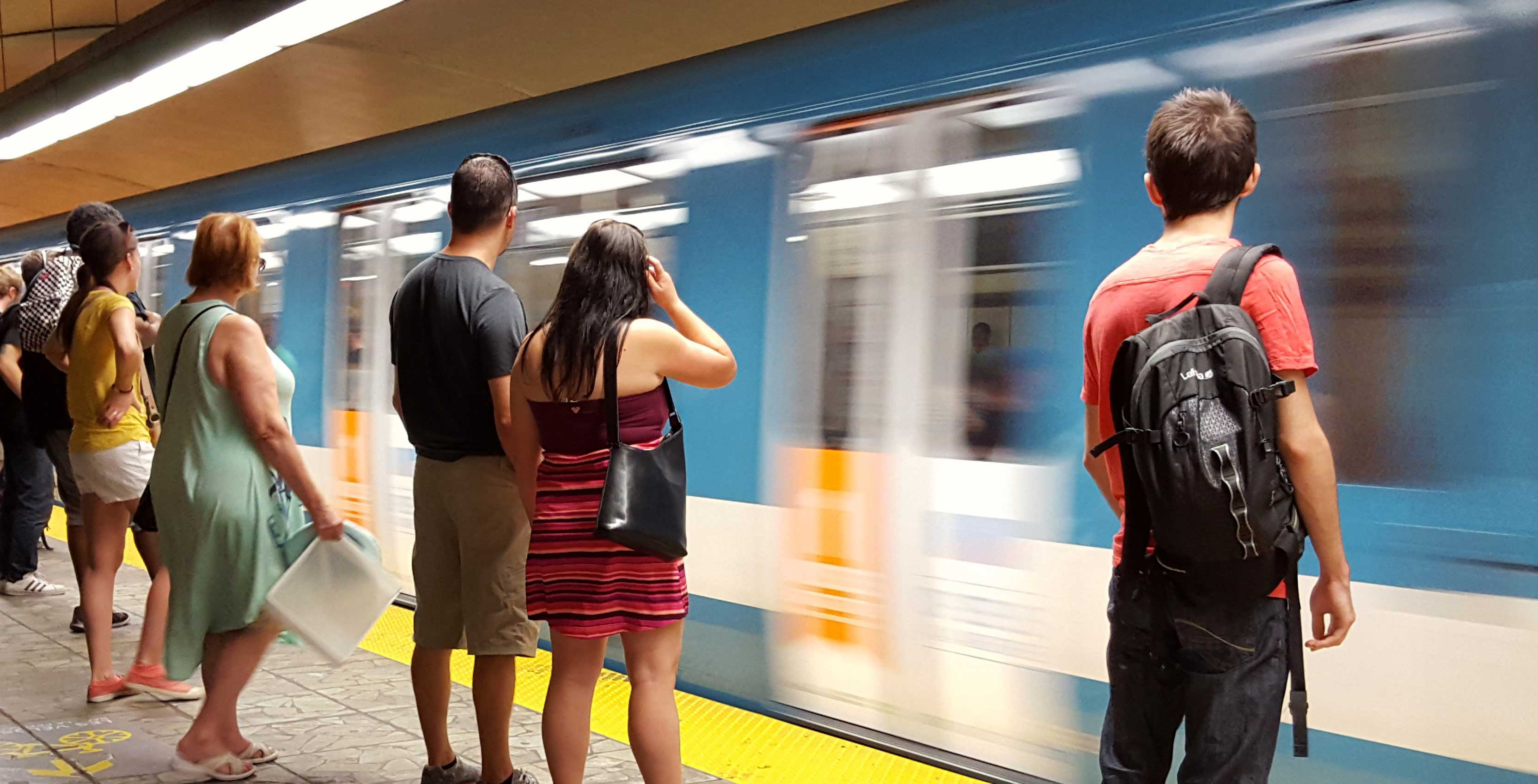 37 out of 68 Montreal Metro stations are now cellular equipped