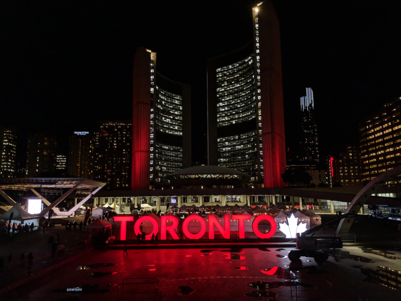 Pixel 2 Toronto sign