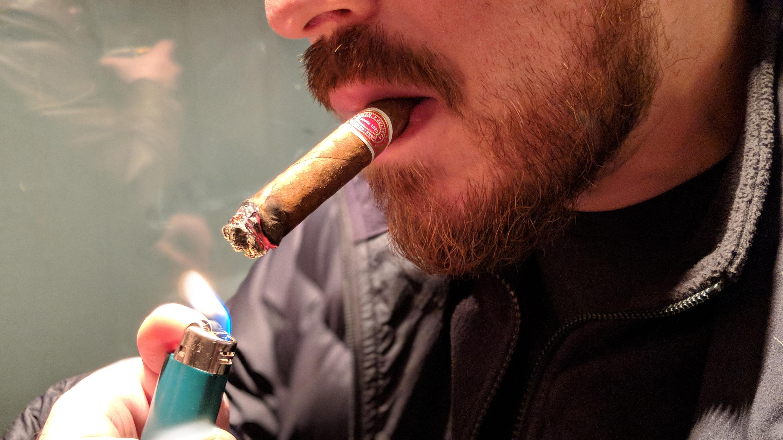 Pixel 2 cigar shot