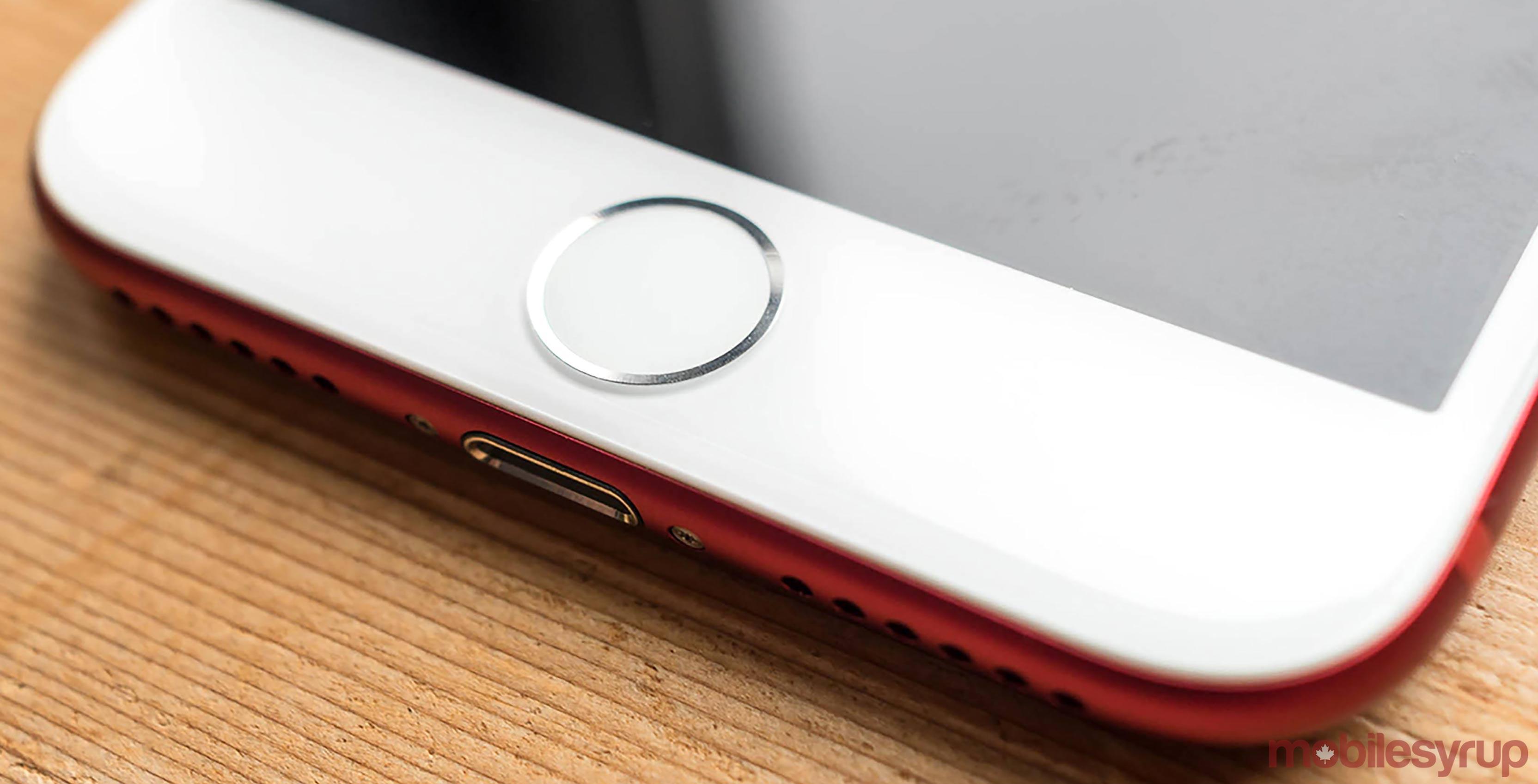 iPhone 7 port