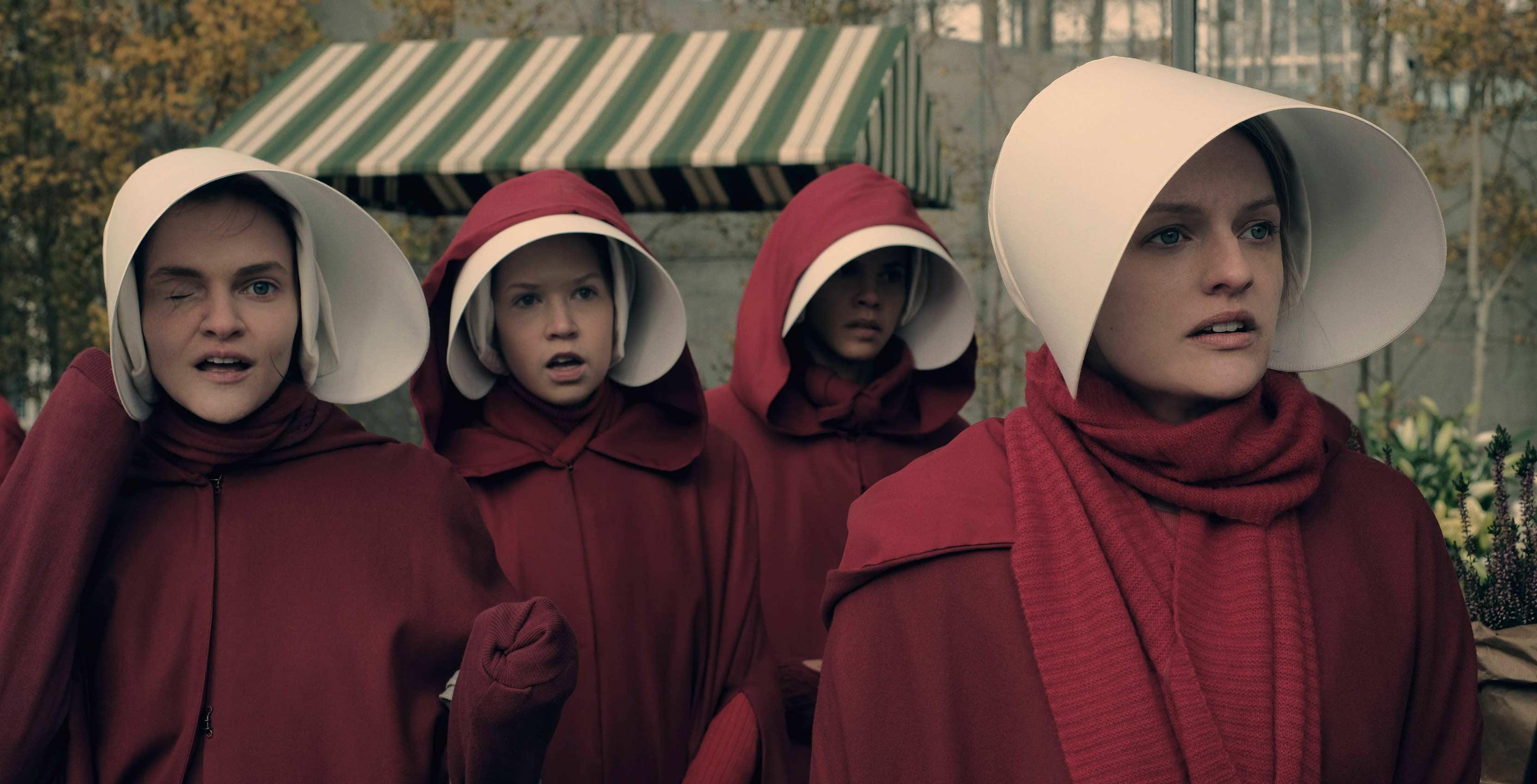 The Handmaids Tale Elizabeth Moss