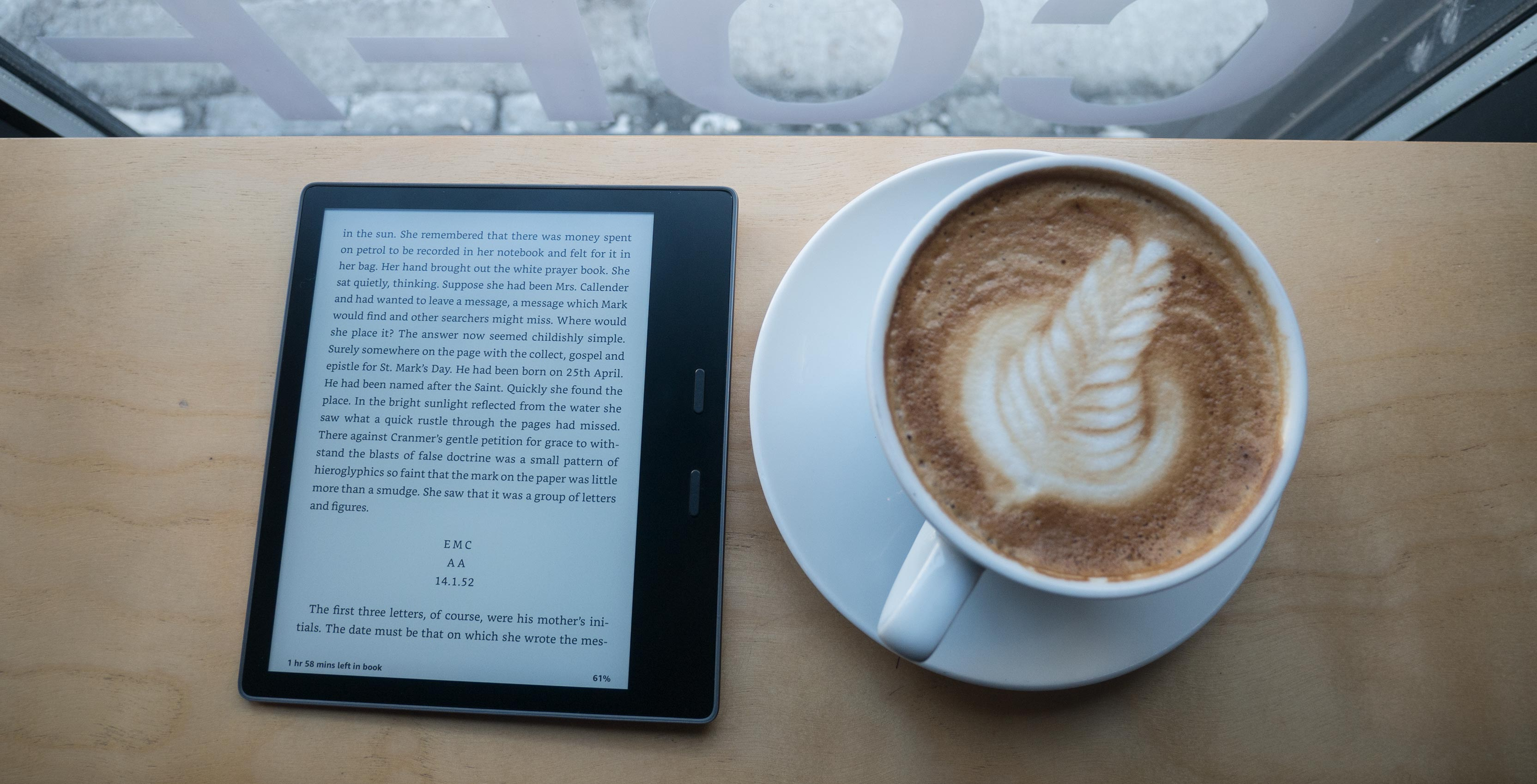 The 2017 Kindle Oasis is a major improvement over its