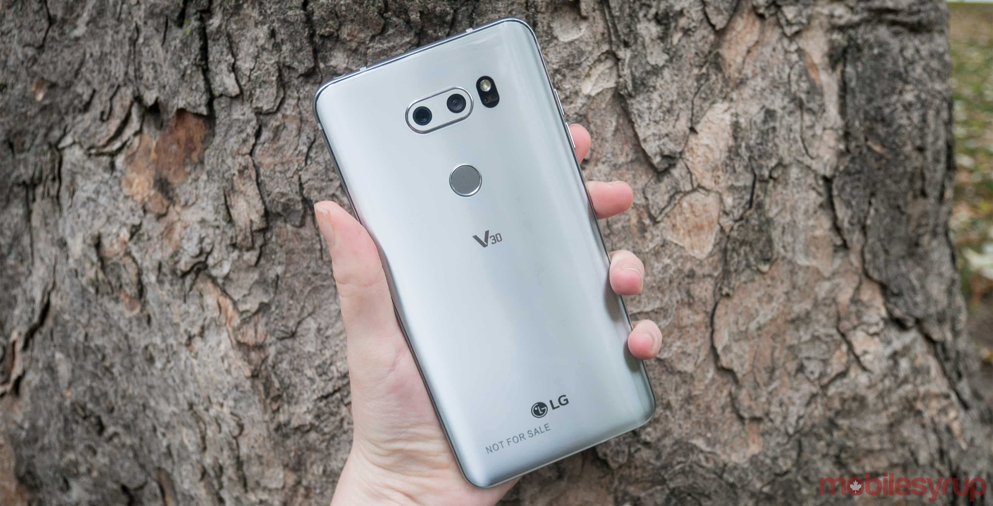 LG V30 users report receiving Android 8 0 Oreo update in Canada