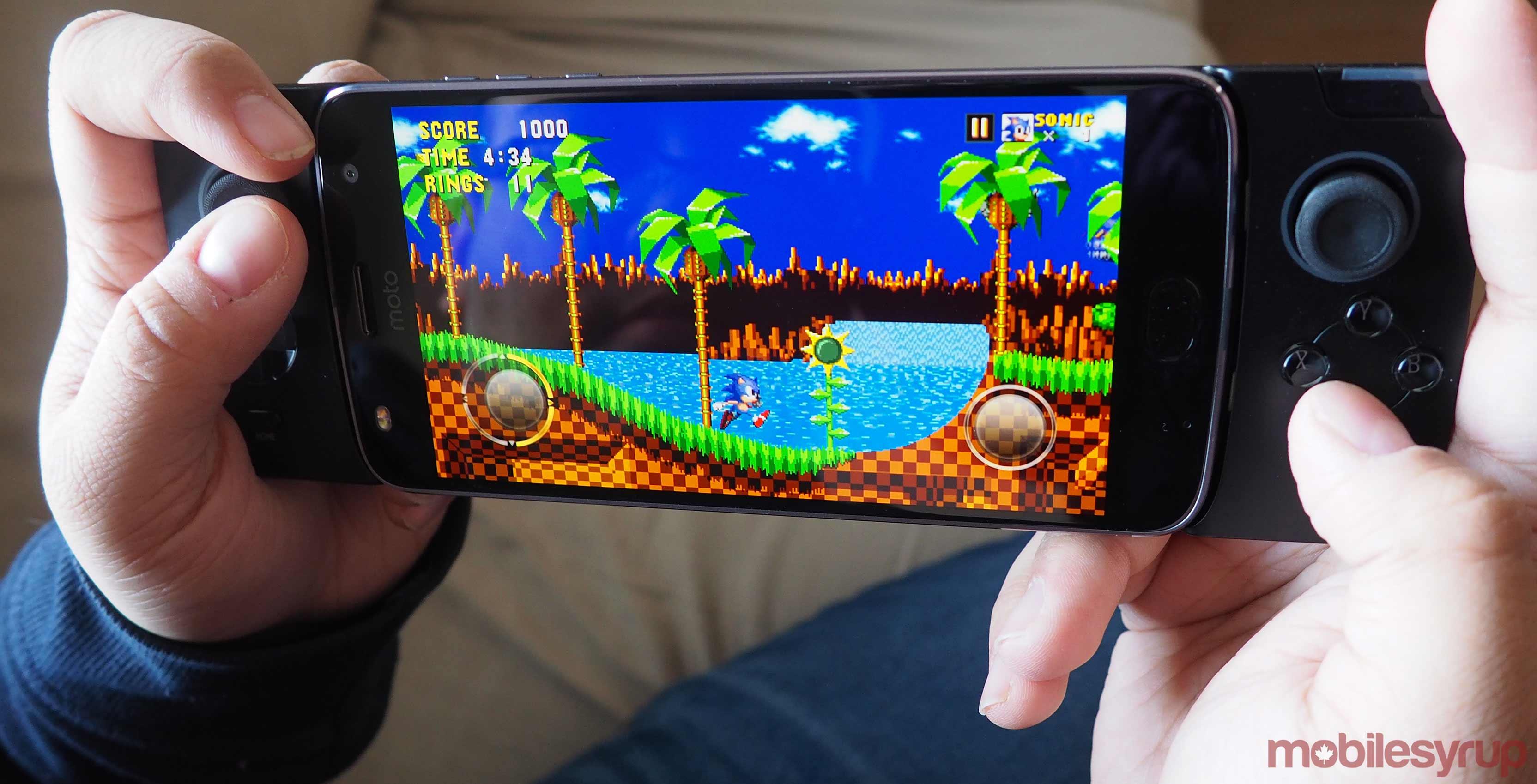 The Motorola Moto Mod Gamepad -- a great concept that needs