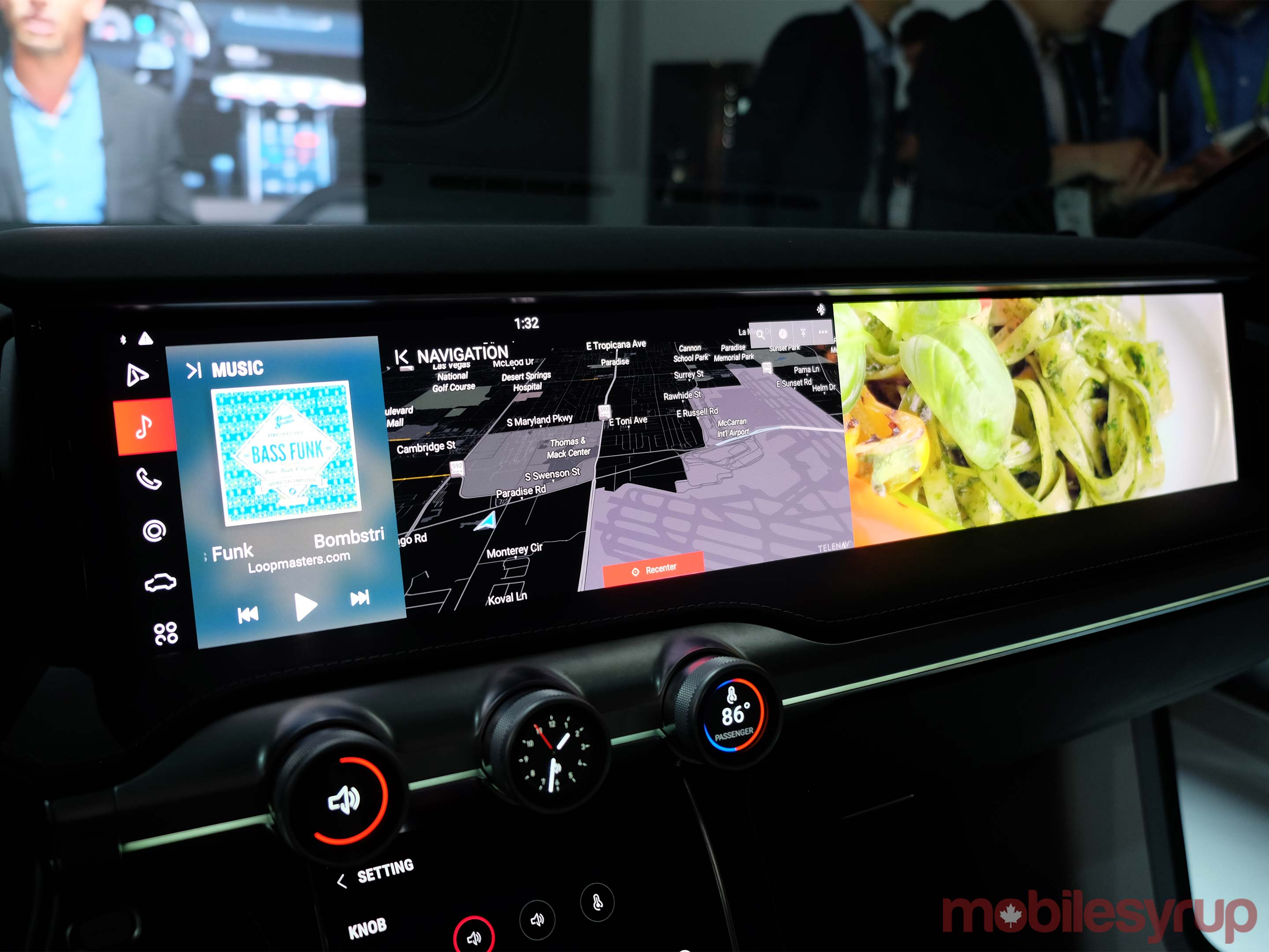 Samsung automotive infotainment display